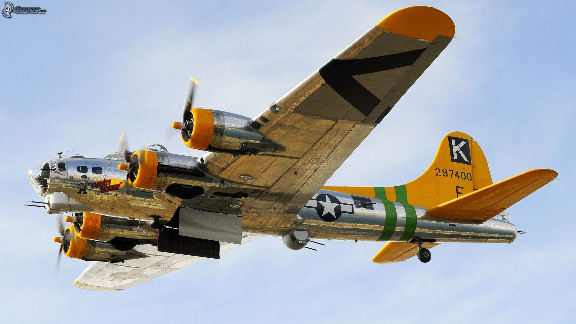 B 17 Flying Fortress Wallpaper B 52 Bomber Wallpaper ...