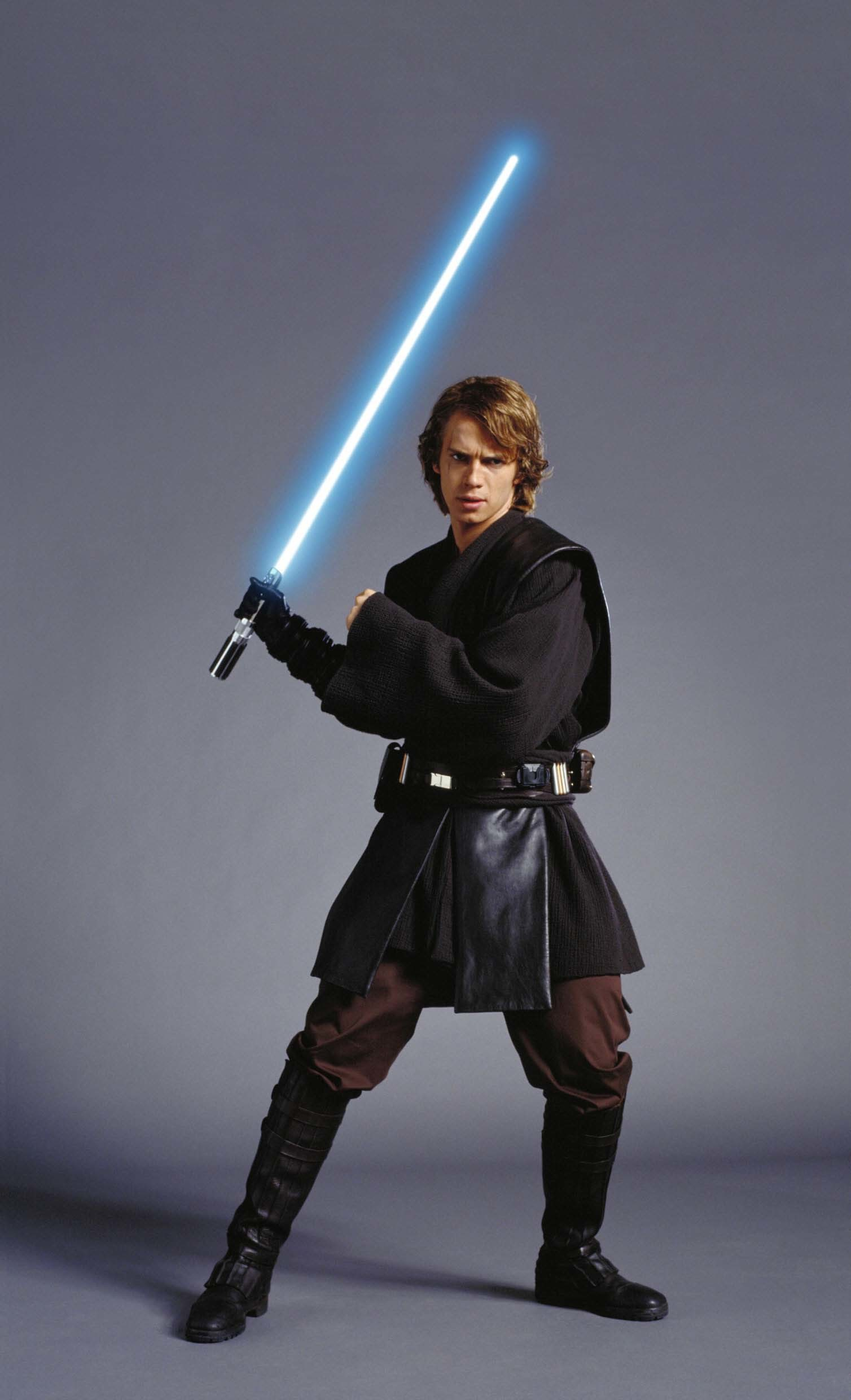 "1508x2480 Publicity shot of Anakin Skywalker (Hayden Christensen) for ""Star Wars:  Episode III - Revenge of the Sith"" -"