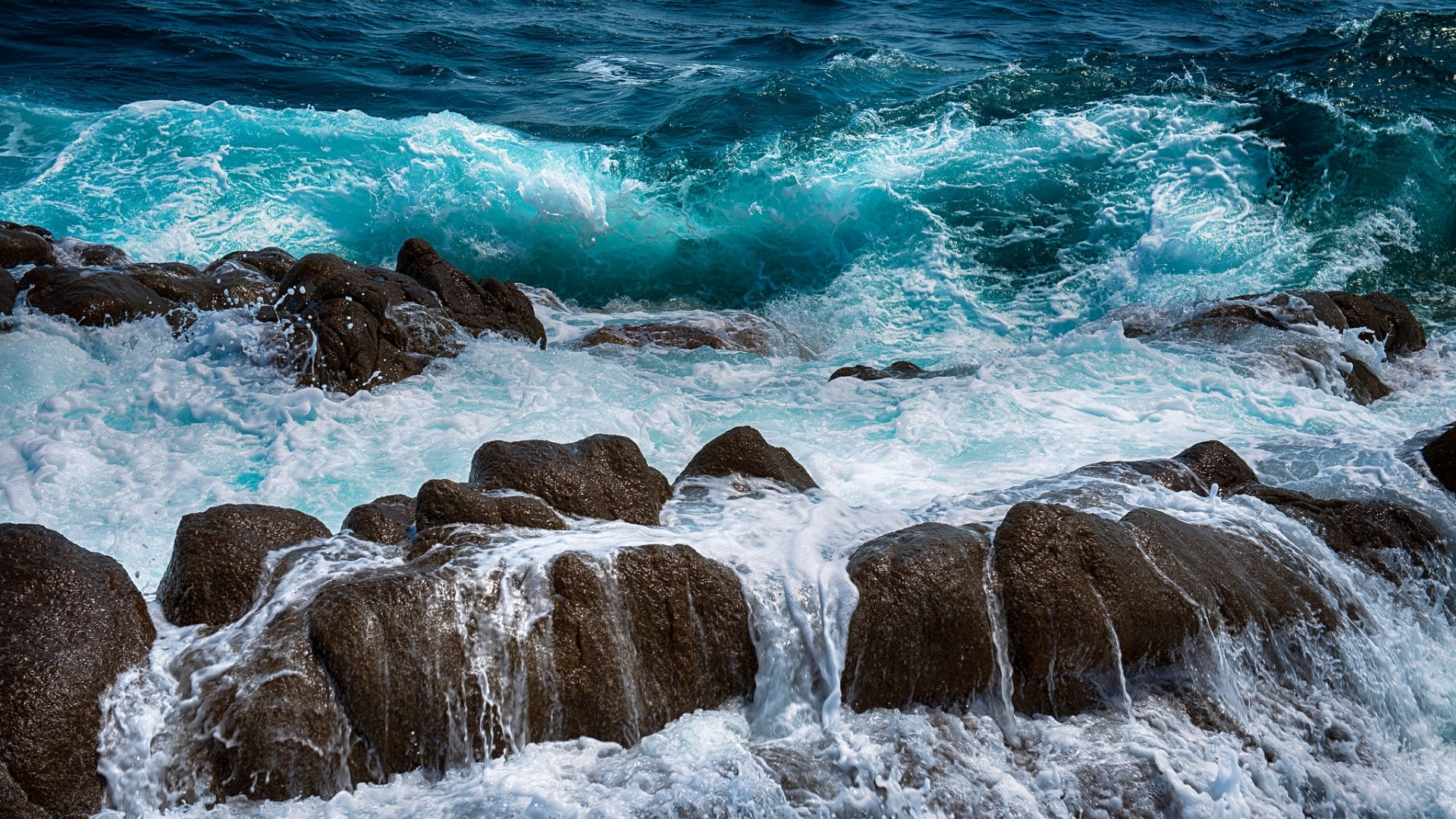 1920x1080 Download Wallpaper  Sea, Rocks, Spray, Surf, Foam Full HD 1080p HD
