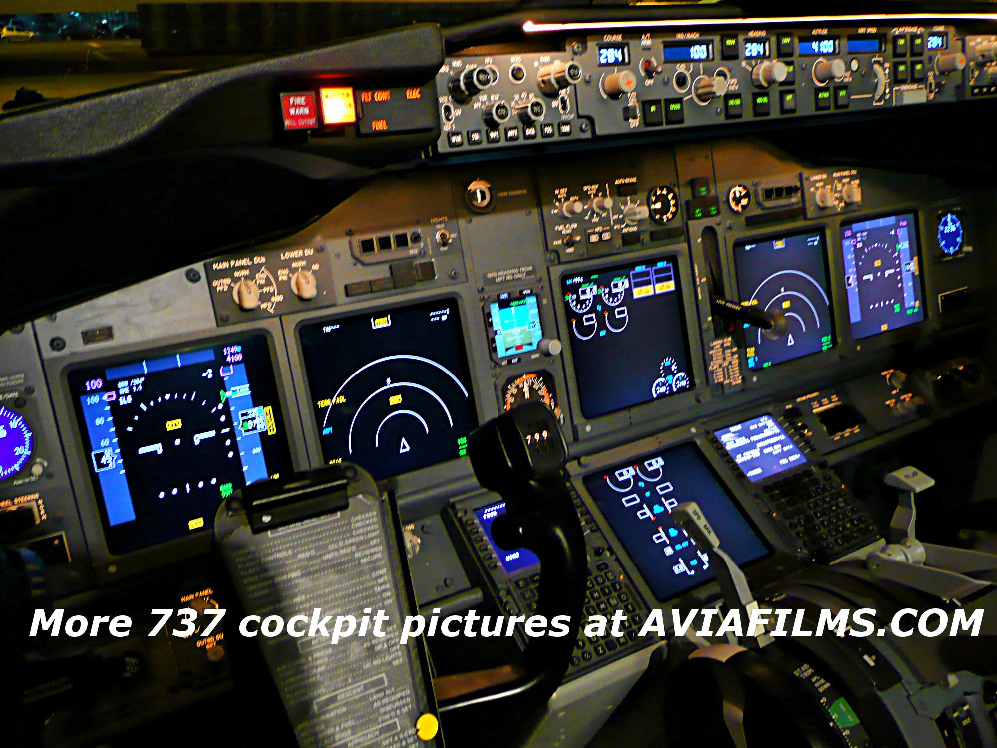 Boeing 737 Cockpit Wallpaper (62+ images)