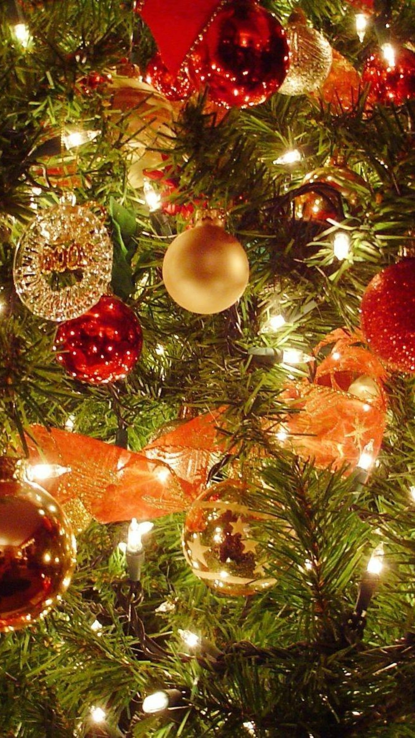 1440x2560 Preview wallpaper christmas tree, christmas decorations, garlands, new  year, celebration