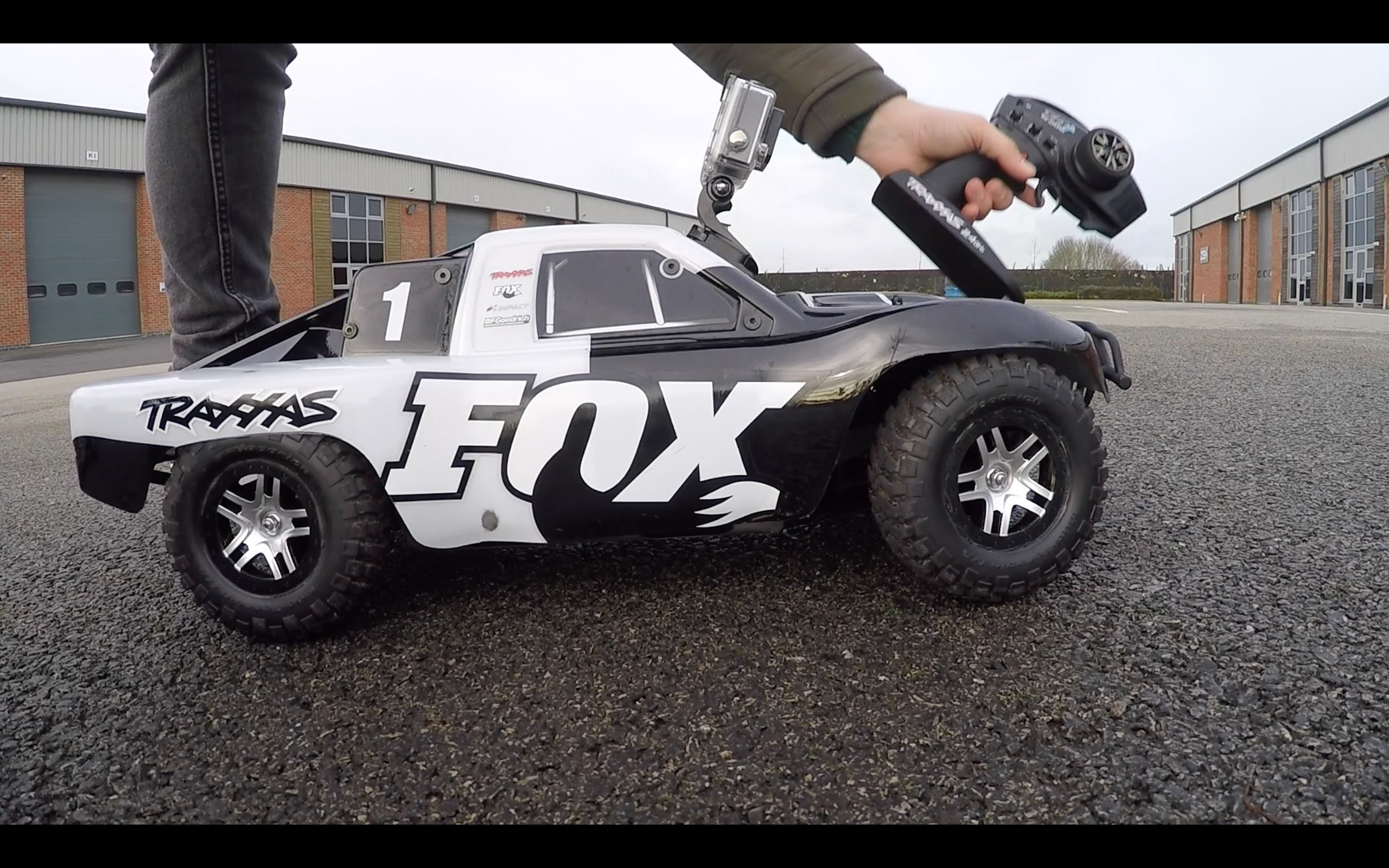 2560x1600 Traxxas Slash Bash TARMAC Part 2 of 3 FOX Edition OBA TSM LOW CG