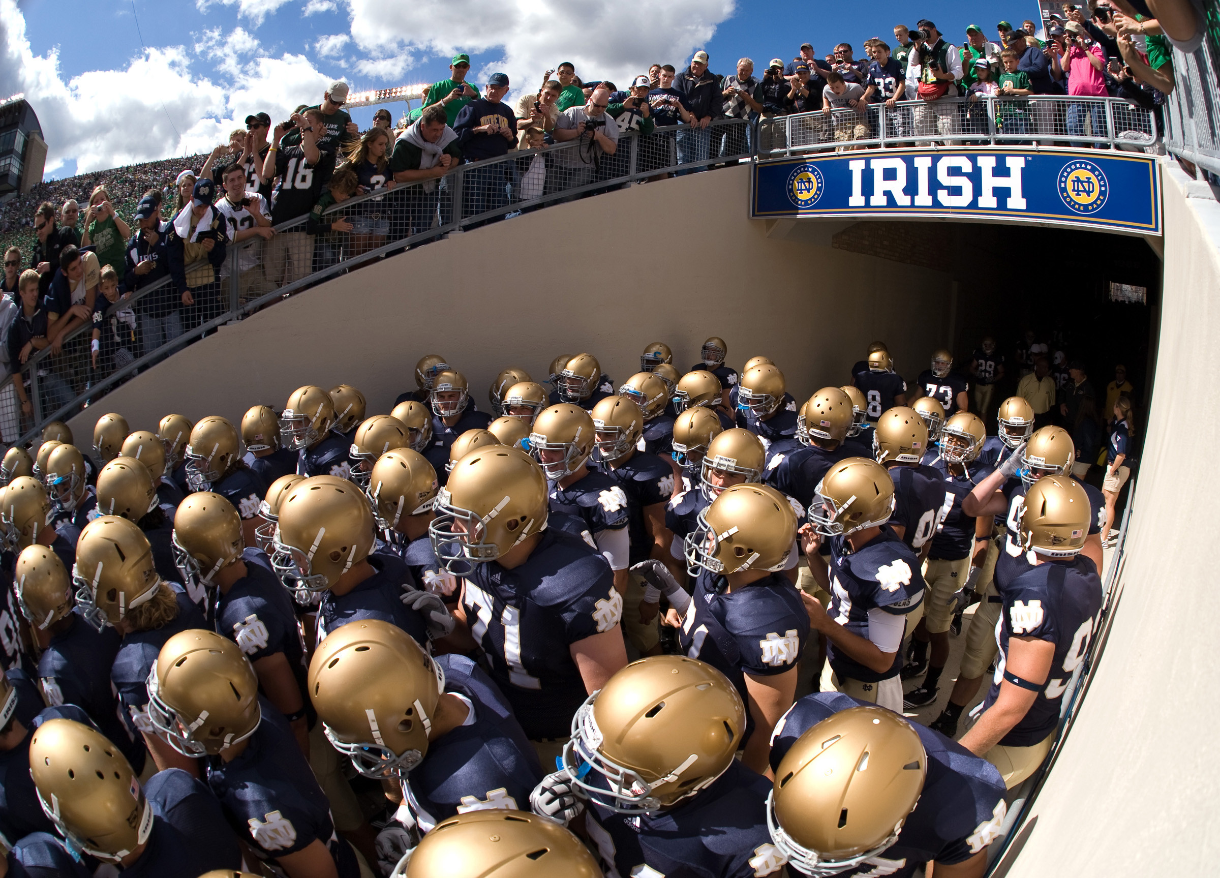 Notre dame wallpaper 70 images - Notre dame football wallpaper ...