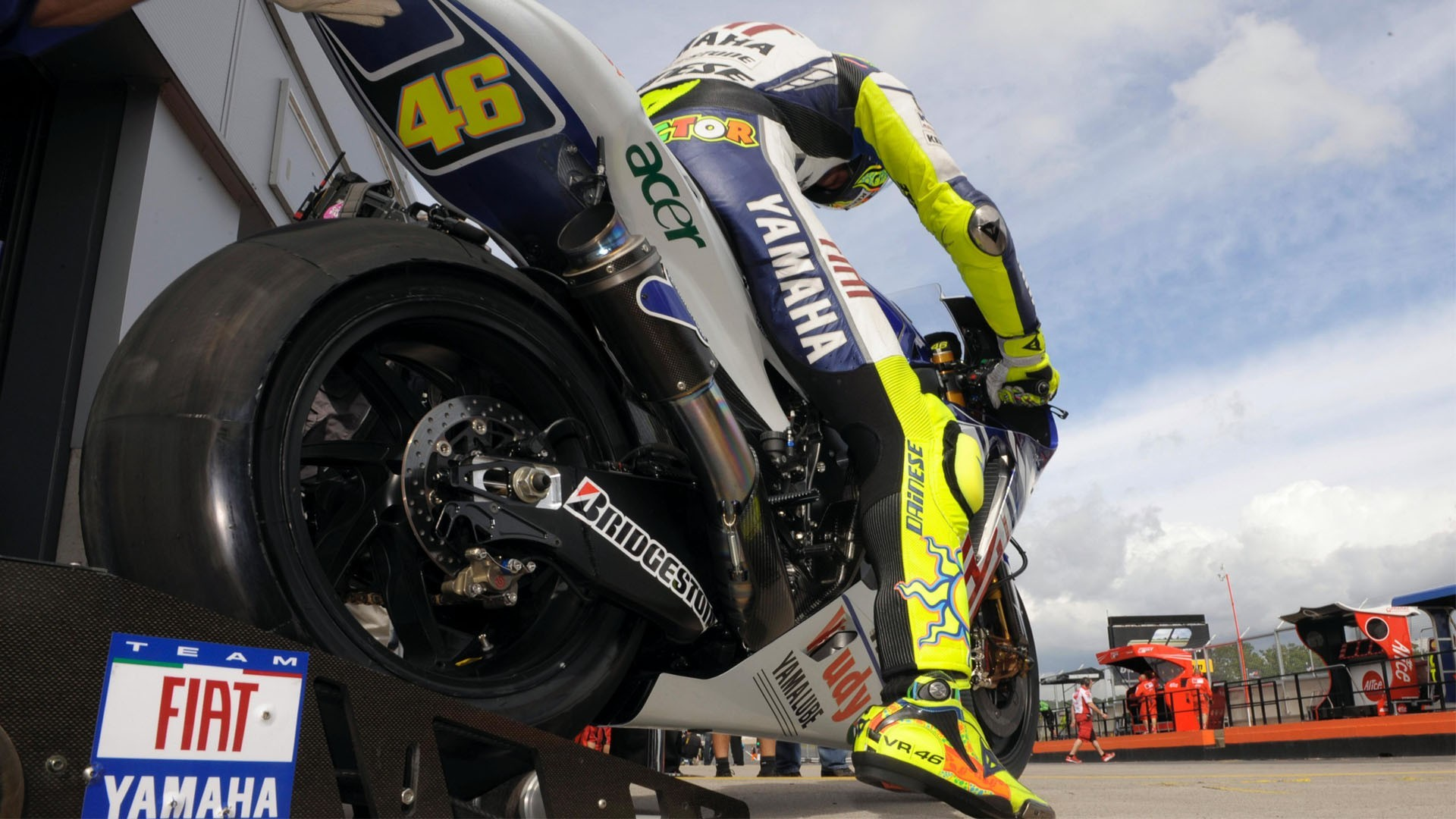 Valentino rossi wallpaper hd 65 images 1920x1280 the doctor valentino rossi wallpaper motogp 04 voltagebd Choice Image