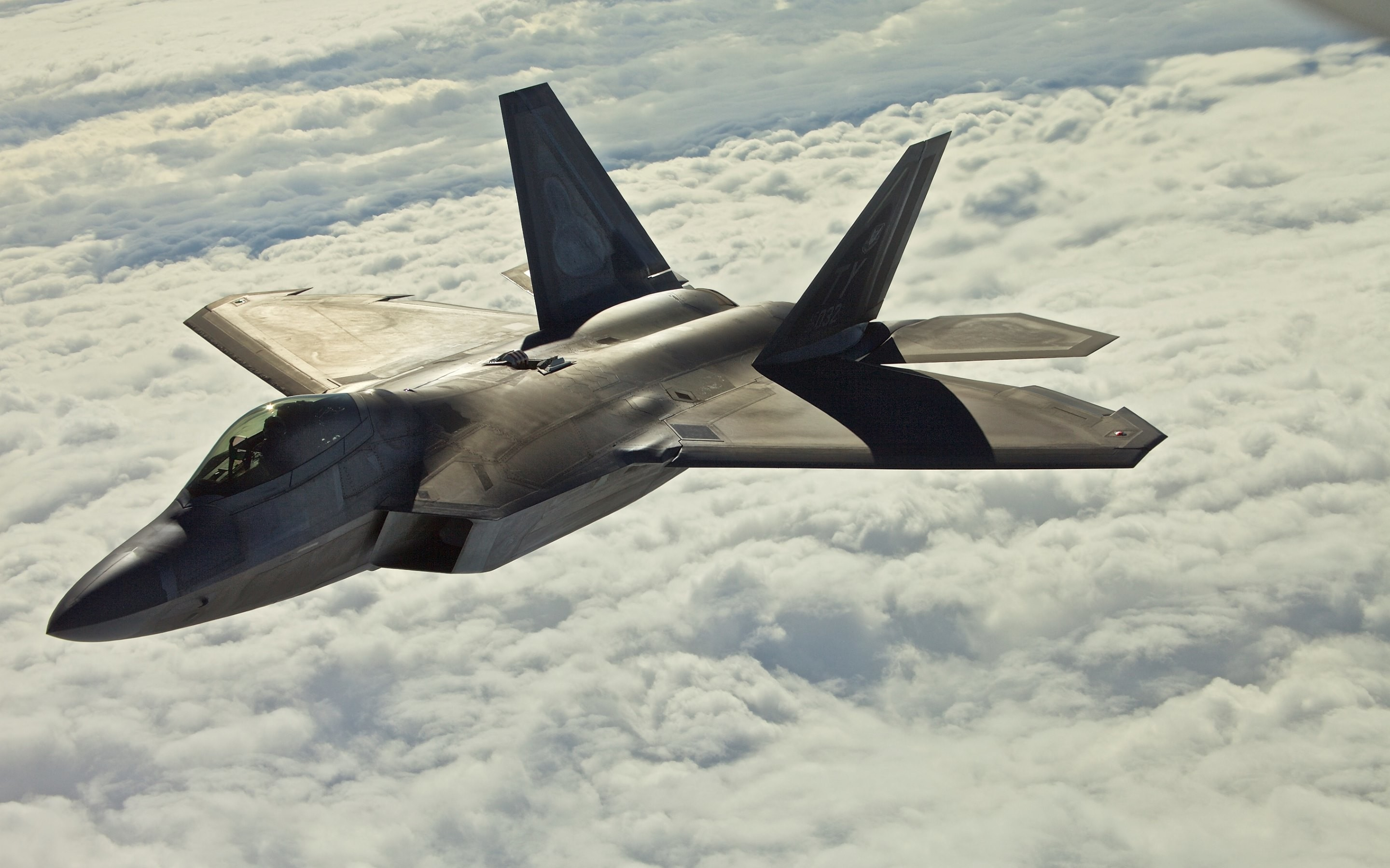2880x1800 Emblematic picture with the F22 Raptor fighter aircraft shared under CC  license and available for HD and wide screens · Download the F22 Raptor  wallpaper ...