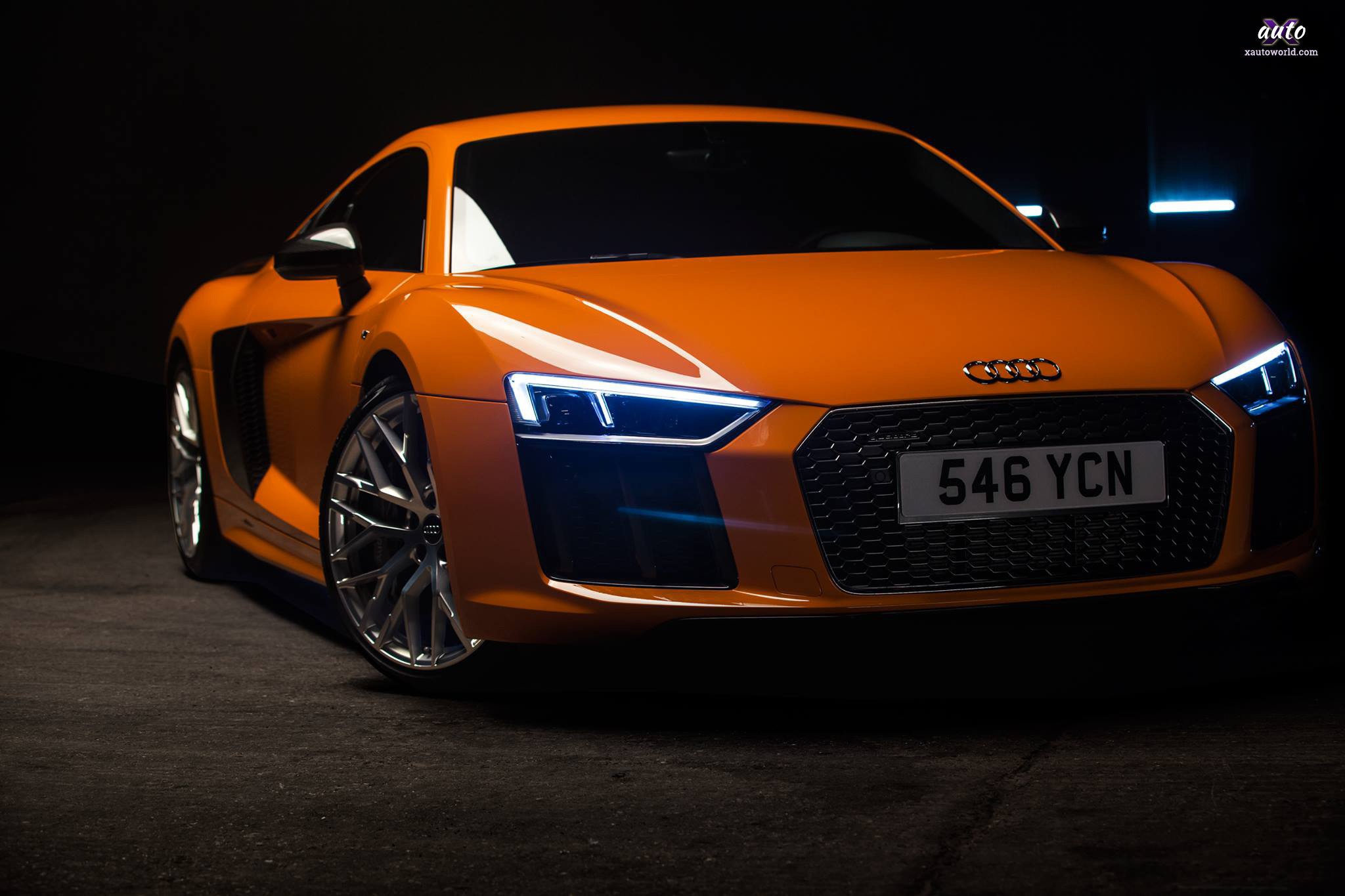 2048x1365 25 Jan Audi R8 – Orange Colour HD Wallpapers