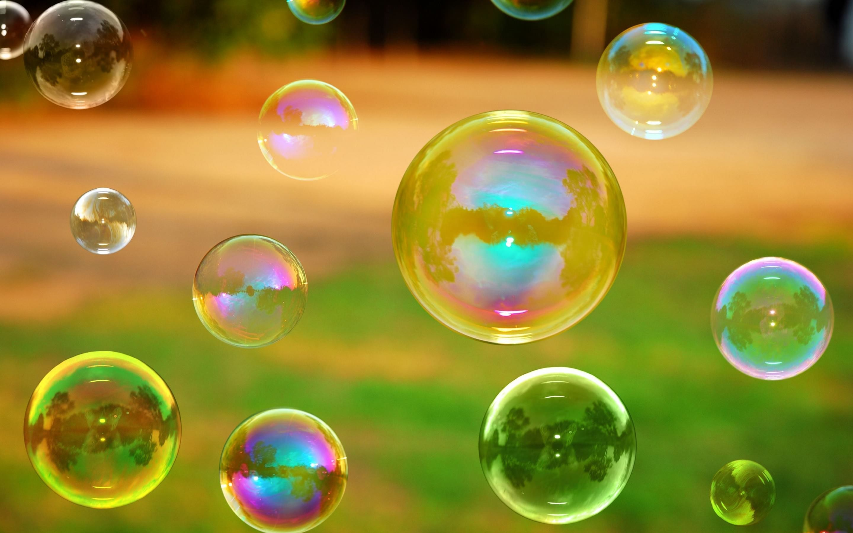 2880x1800 Amazing Bubble Wallpaper