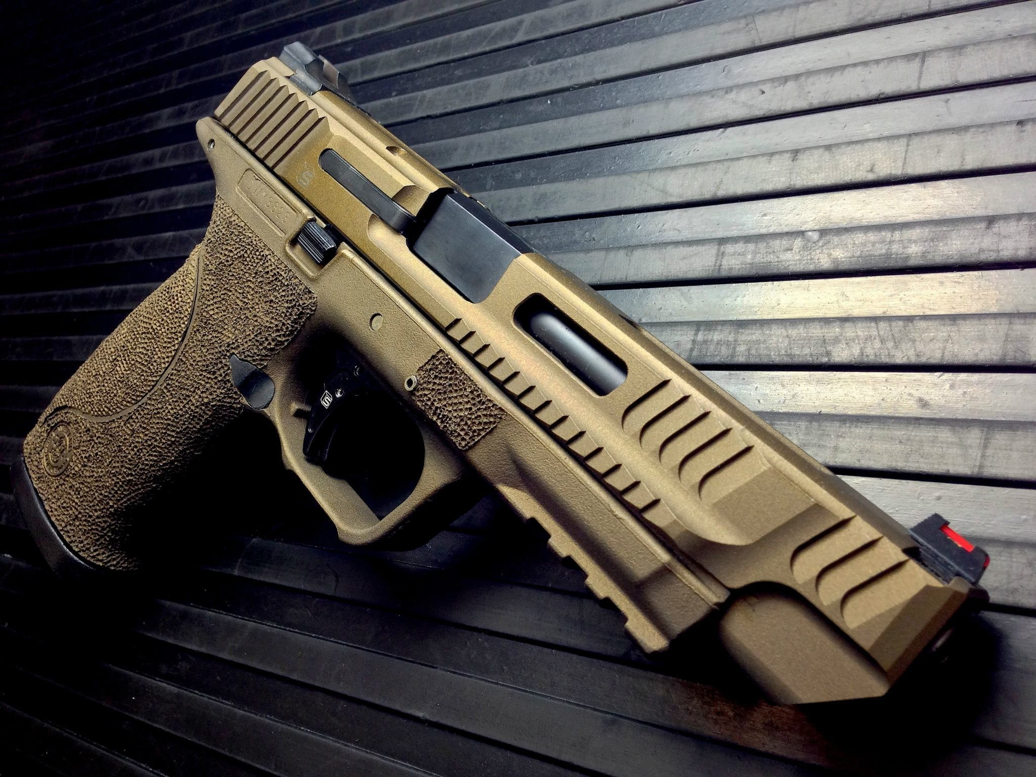 2048x1536 Salient Arms International Smith and Wesson M & P Tier One Longslide.