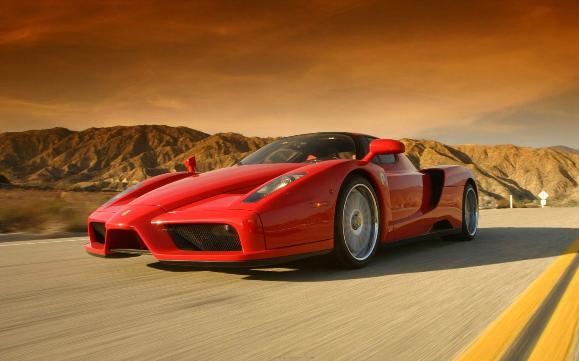 1920x1200 FunMozar – Ferrari Enzo Wallpapers