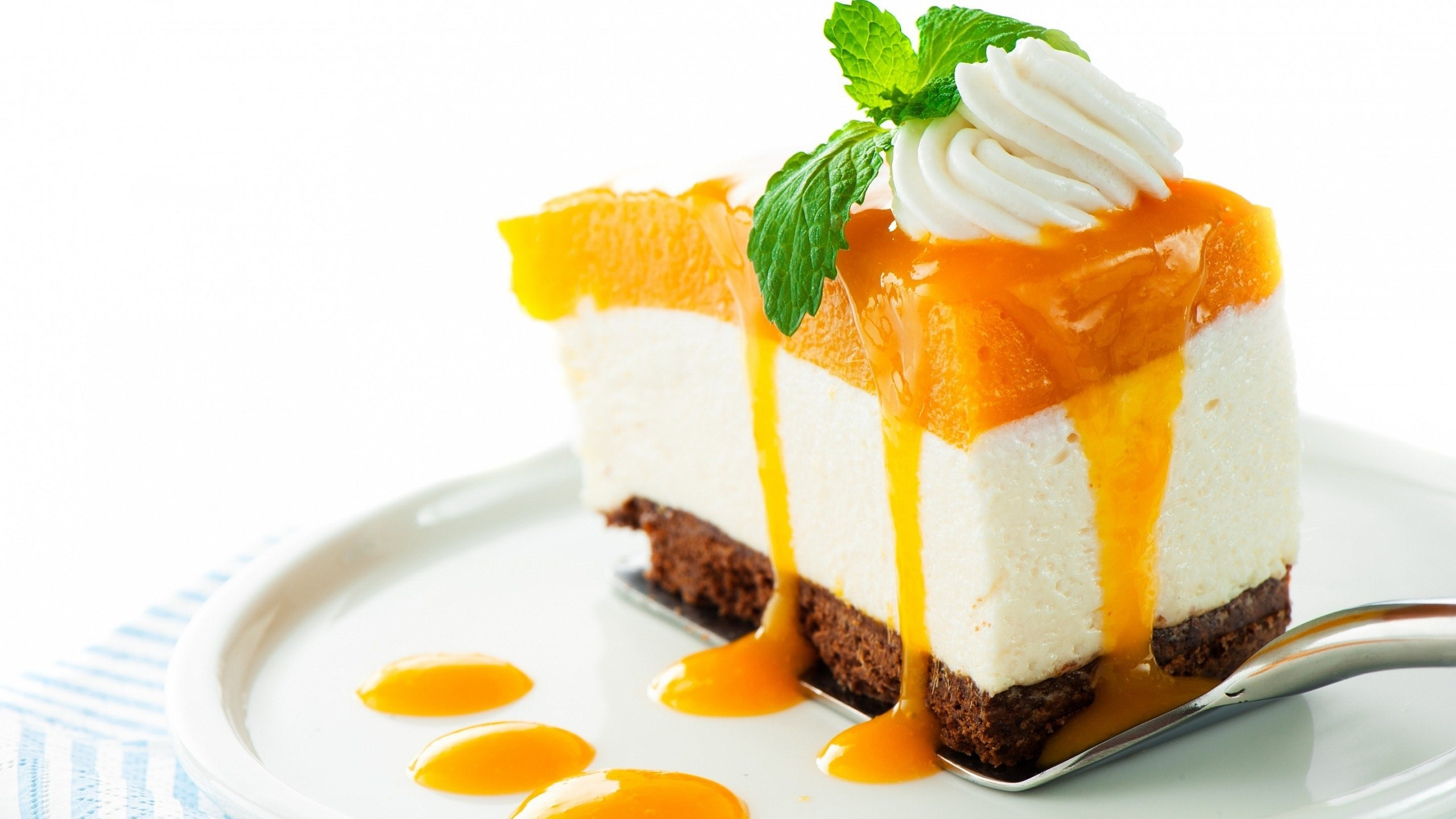 2560x1440 mango-cake-wallpaper-5922-6190-hd-wallpapers