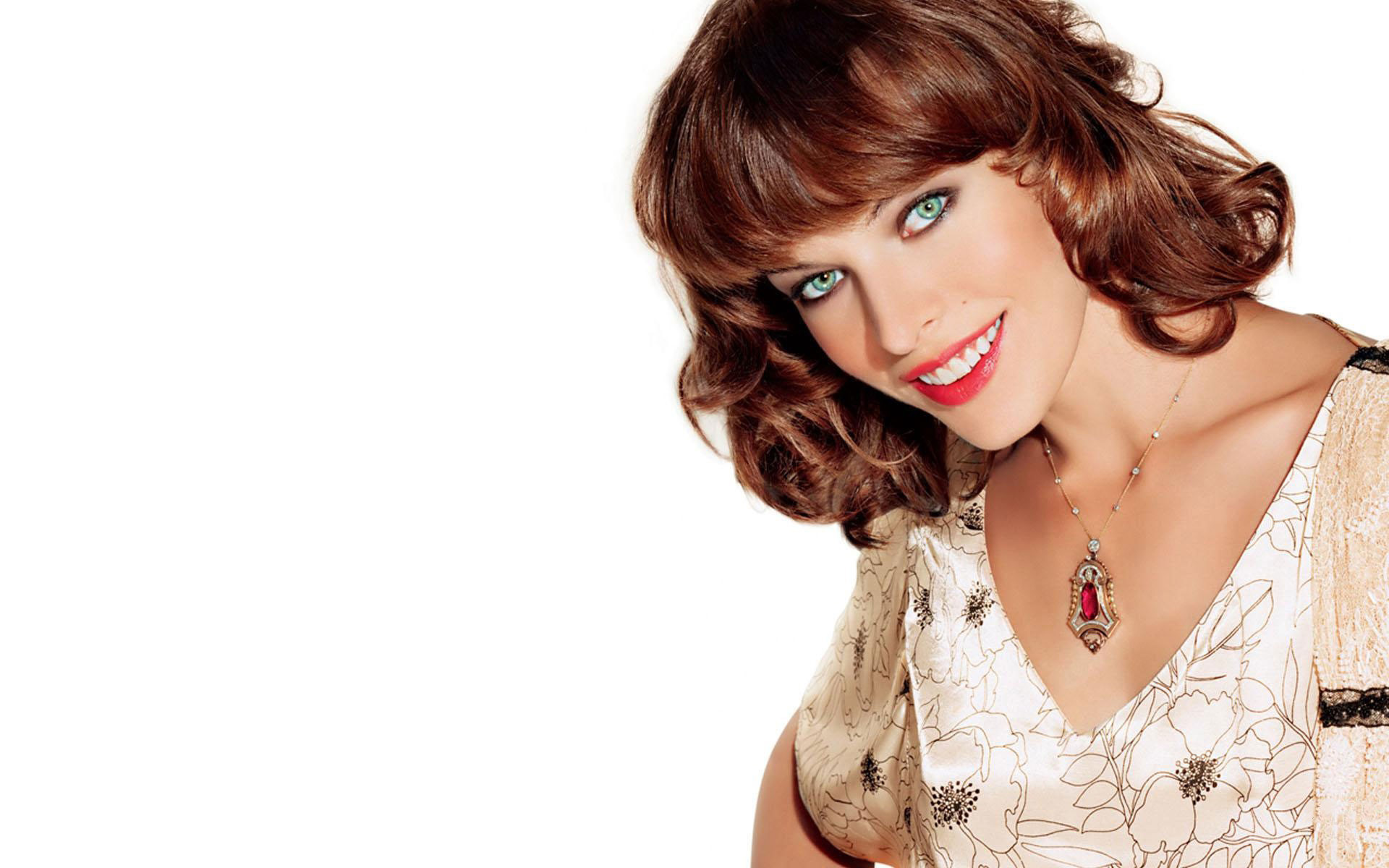1920x1200 Milla Jovovich Beautiful Smile wallpaper