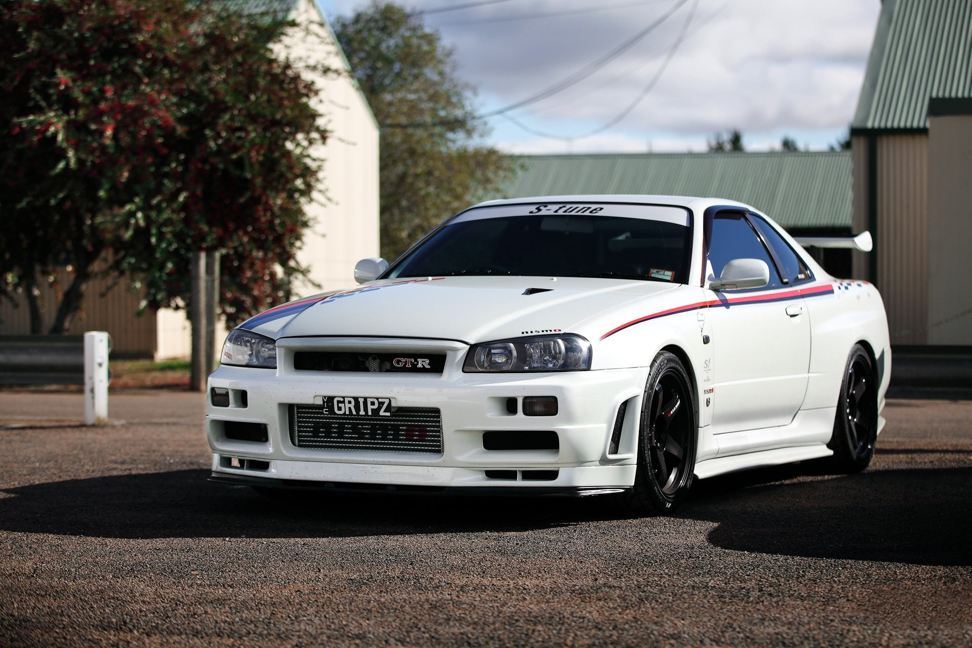 1920x1280 Nissan skyline gtr r car wallpaper Nissan Skyline GTR Wallpapers Wallpapers)