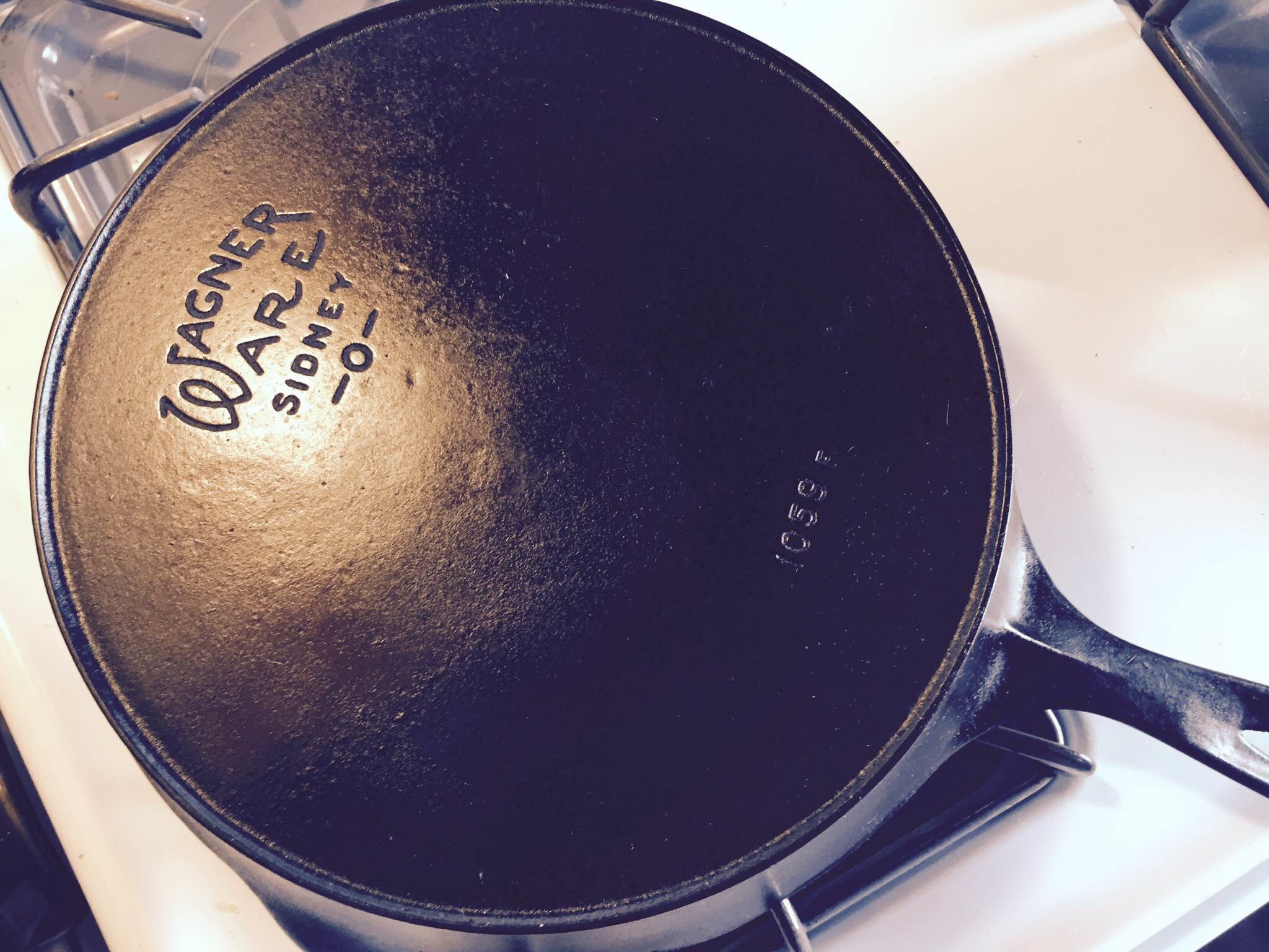 2048x1536 Here's the best and easiest way to maintain your cast iron cookware