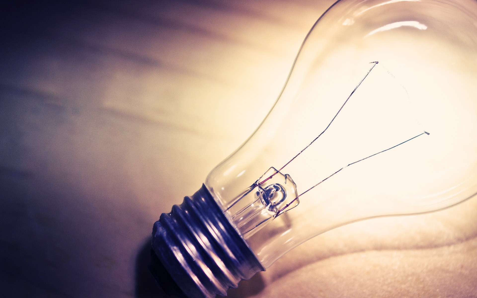 Light Bulb Wallpapers (64  images) for Idea Light Bulb Wallpaper  174mzq