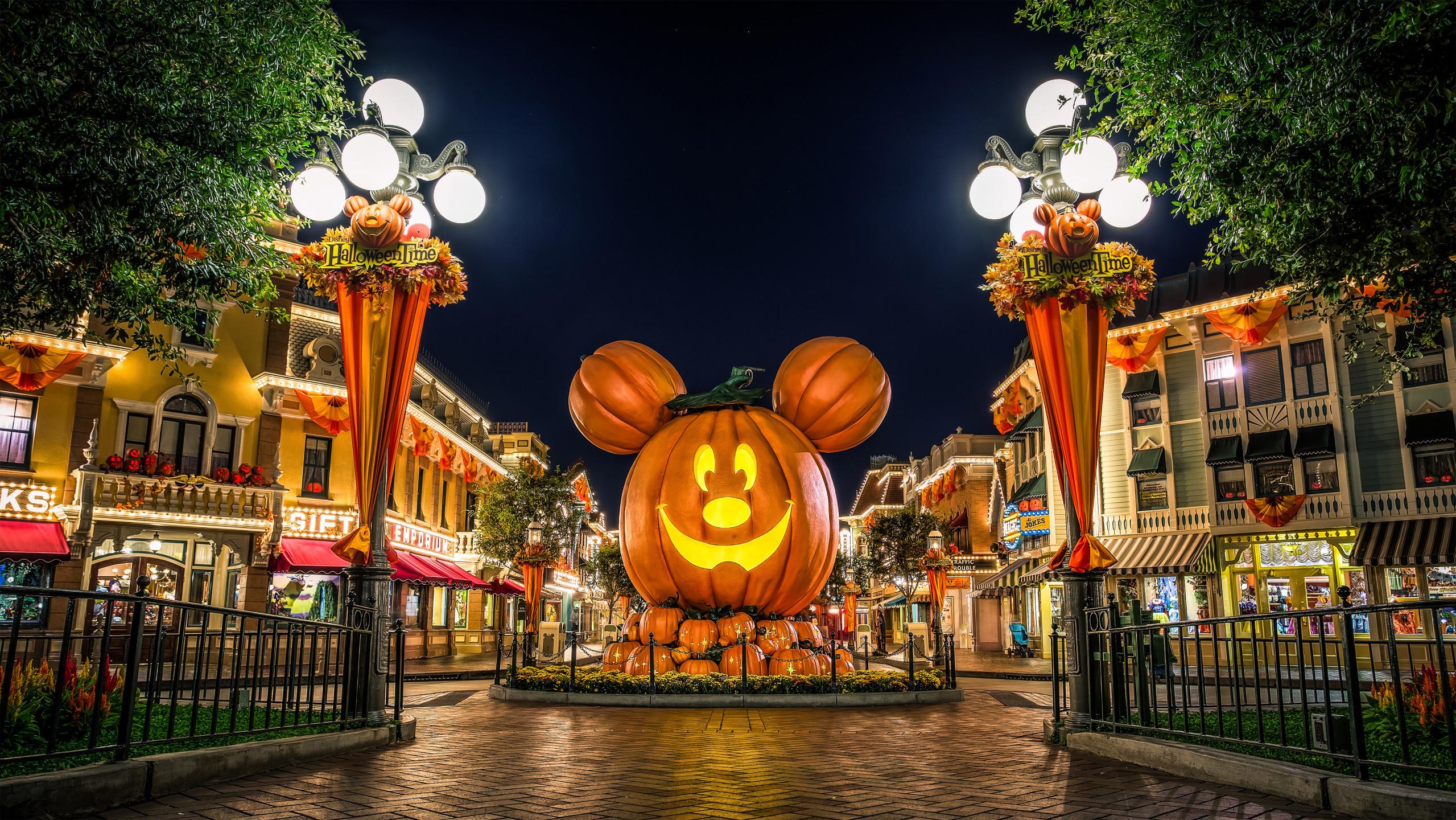 Disney Halloween Backgrounds (71+ images)