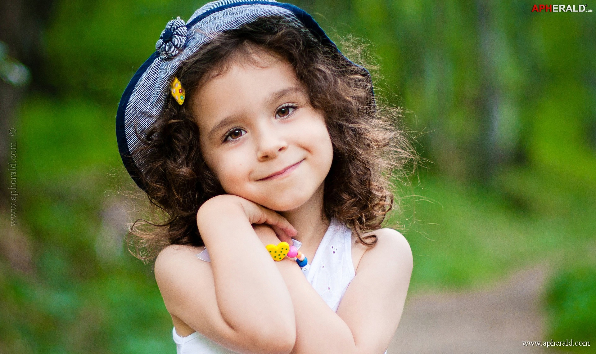 1920x1141 Cute Baby Girl Wallpapers | The Art Mad Wallpapers 6