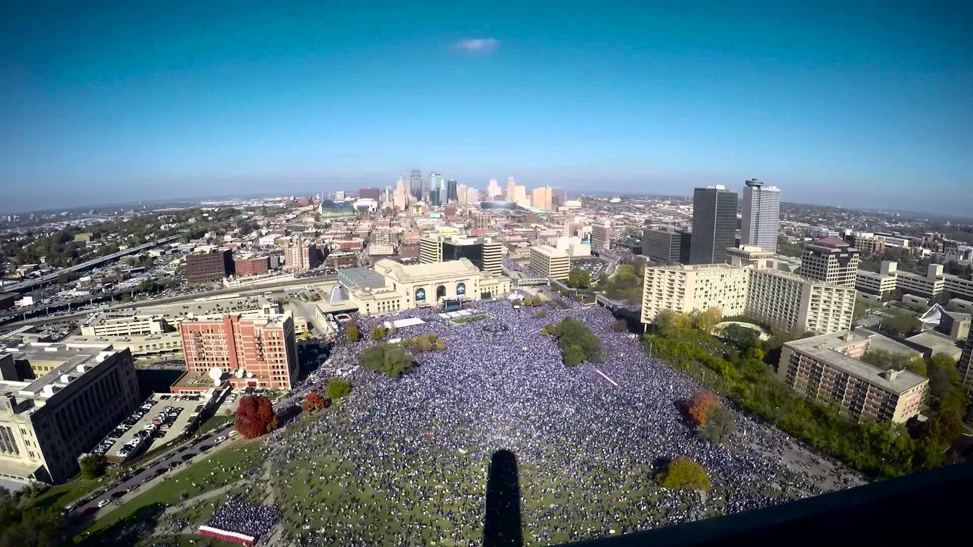 1920x1080 Kansas City Royals World Series Party from the Liberty Memorial - YouTube