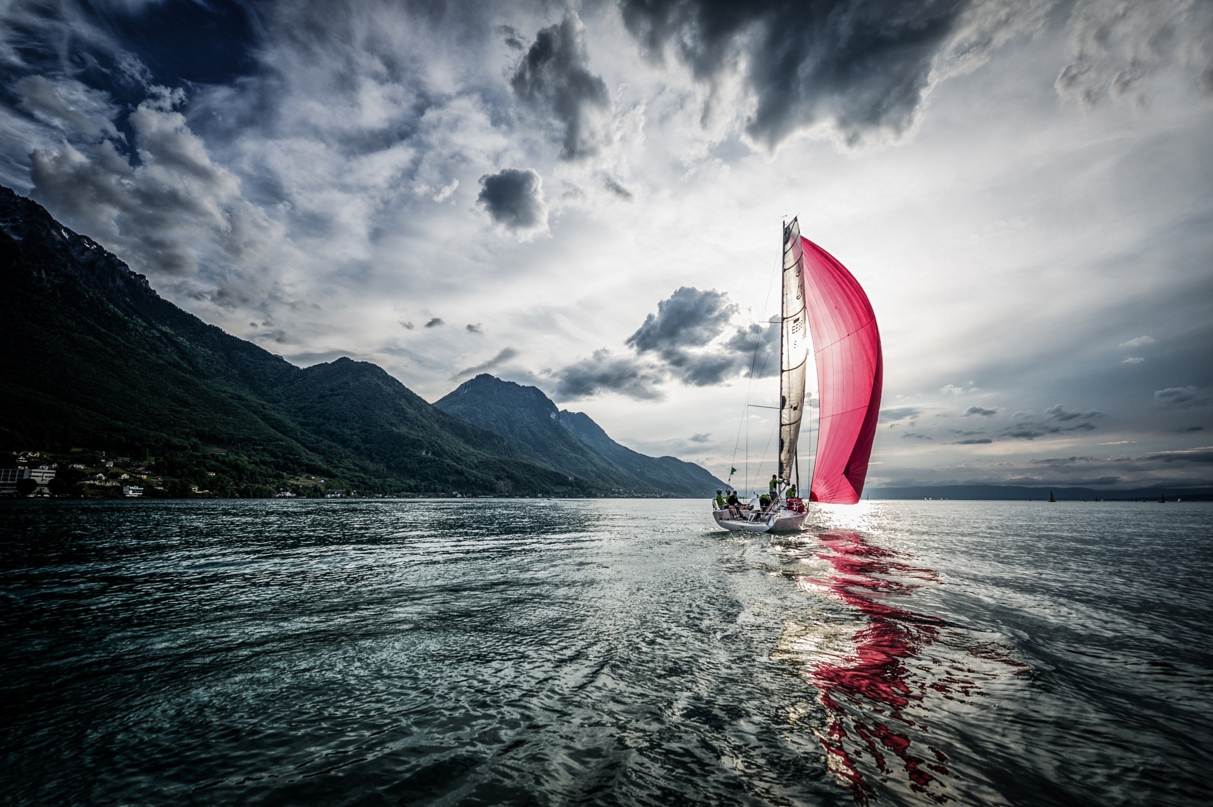 2500x1664 Sailboat Wide Wallpaper Pictures 59959