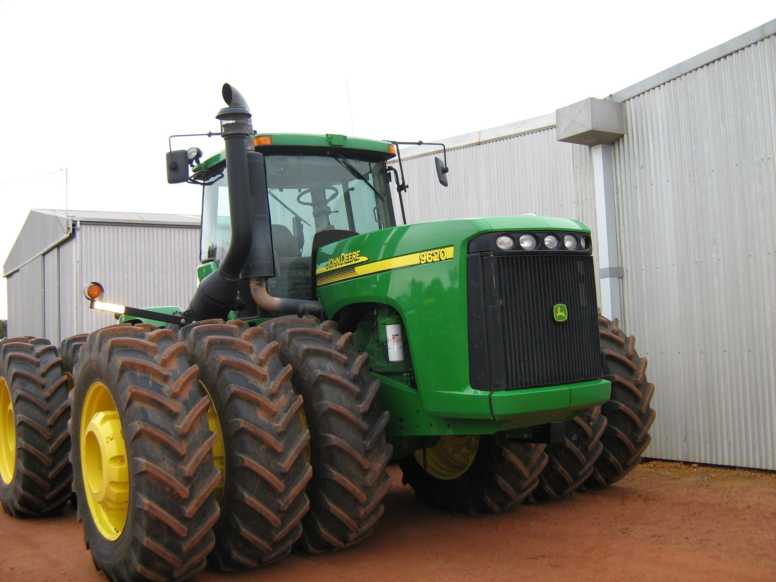 3000x2000 John Deere Innovations Extend Beyond DLG Medals