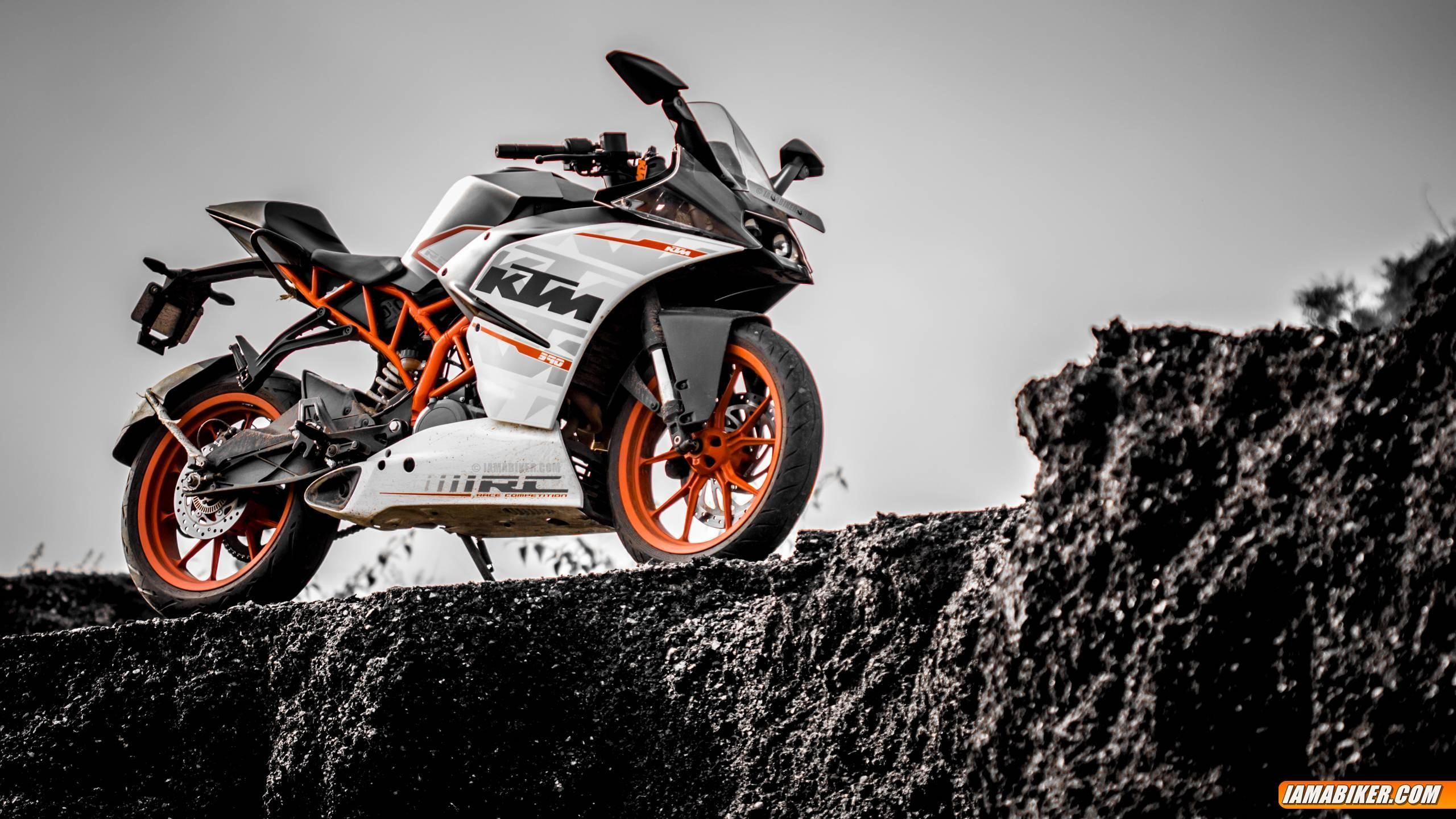 2560x1440 KTM RC 390 Wallpapers
