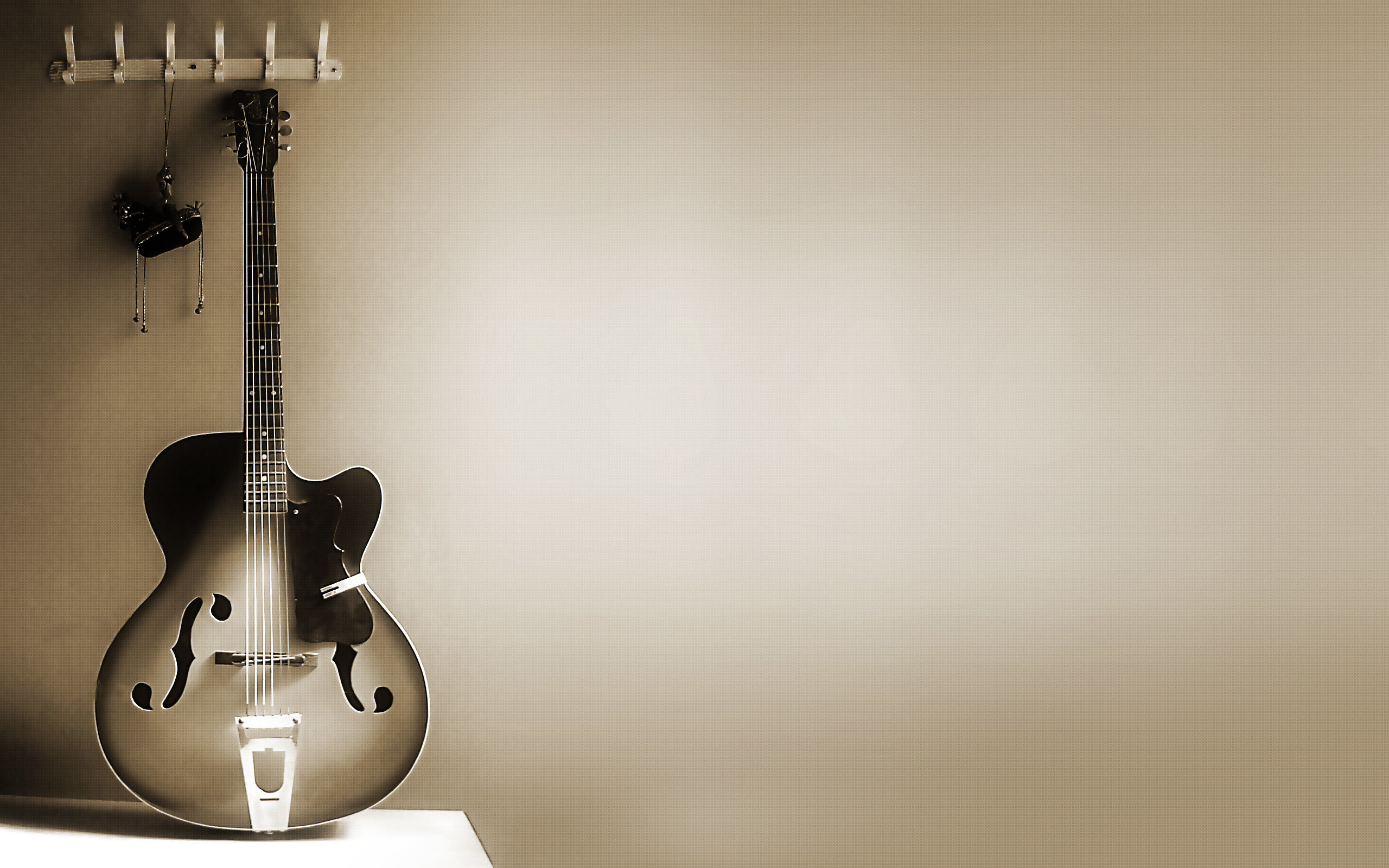2560x1600 Free guitar wallpaper background