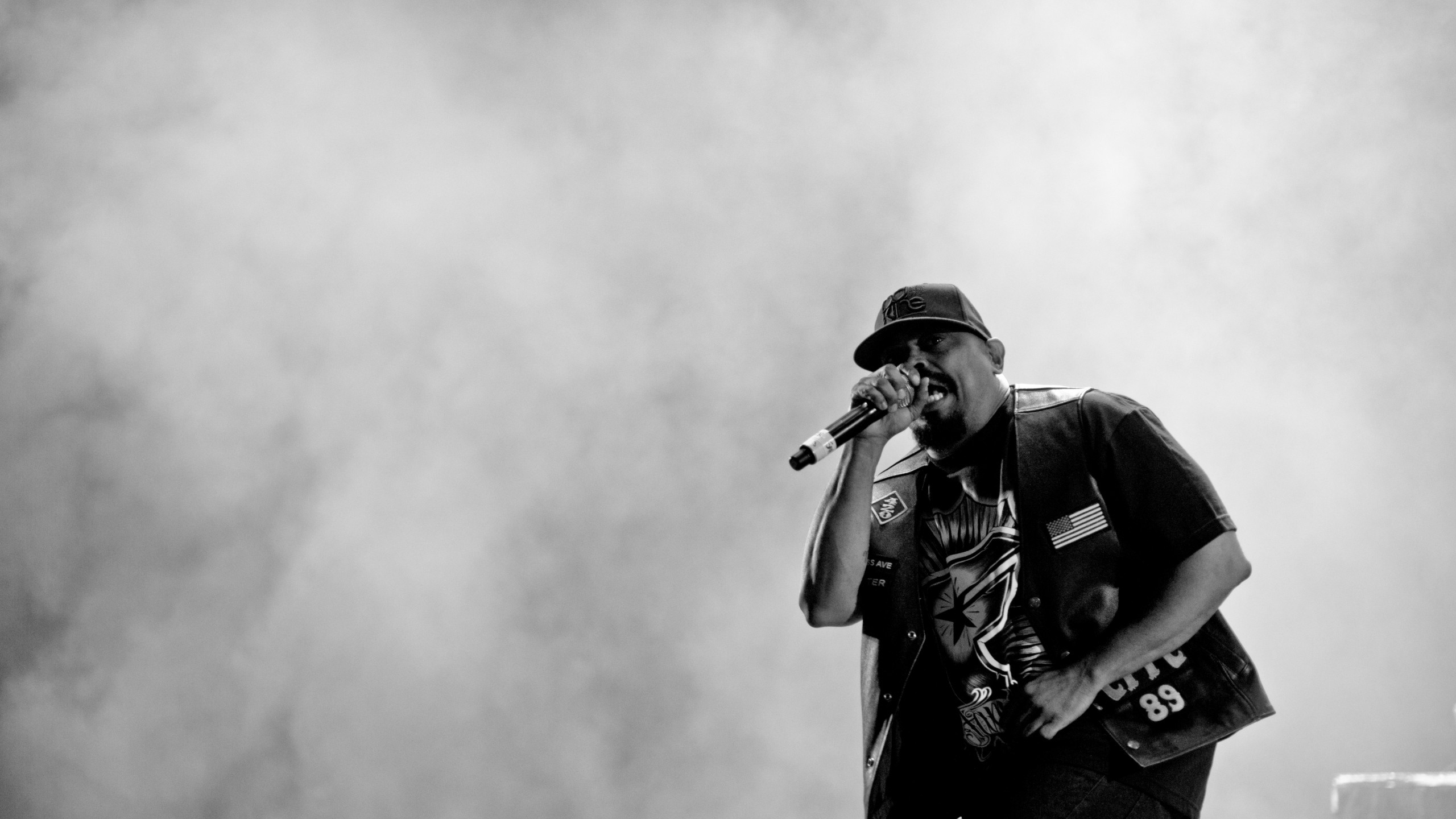 2560x1440 Preview wallpaper cypress hill, music, rap, hip-hop, bw, performance