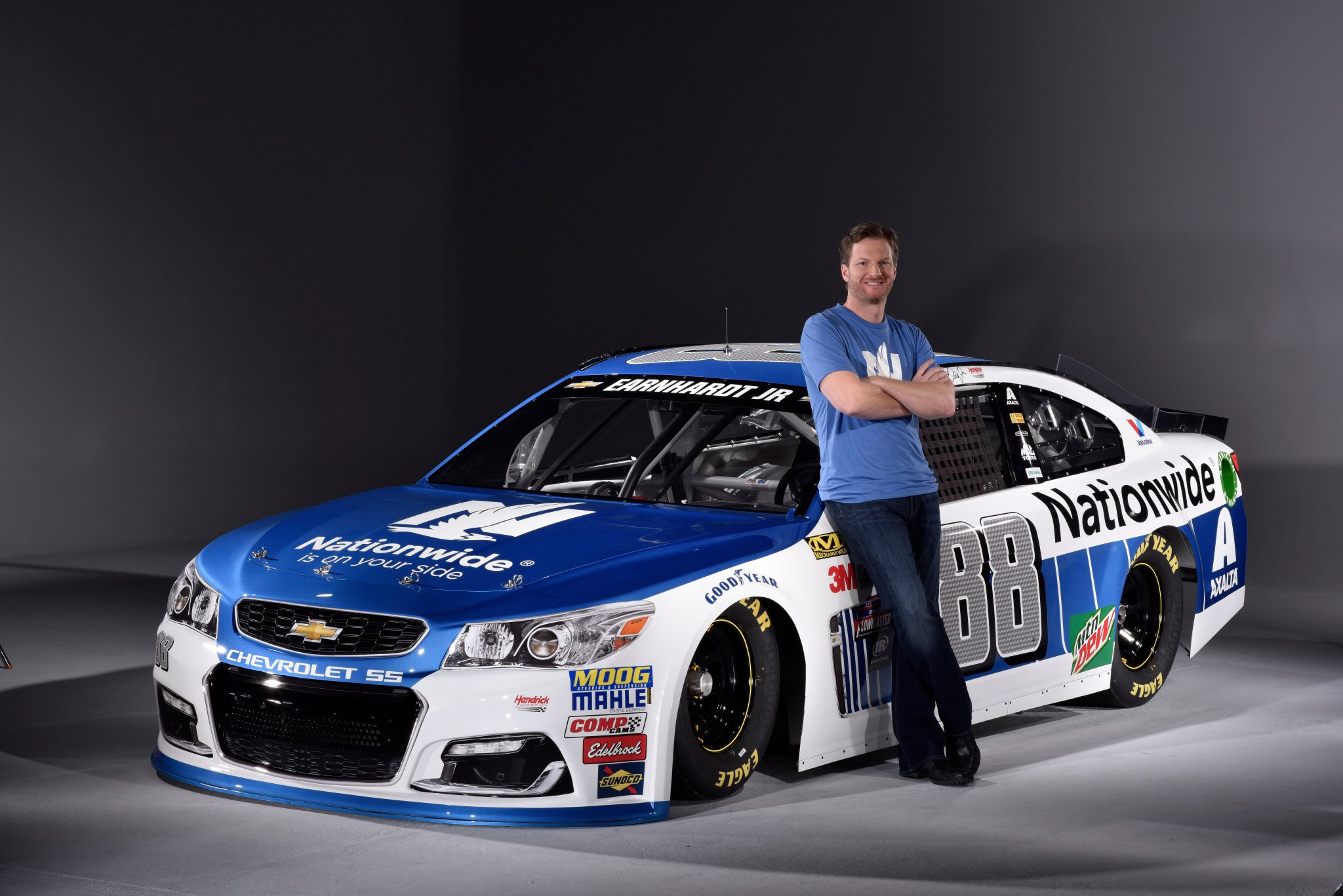 2048x1367 Dale Earnhardt Jr and his 88 Nationwide 2017 car
