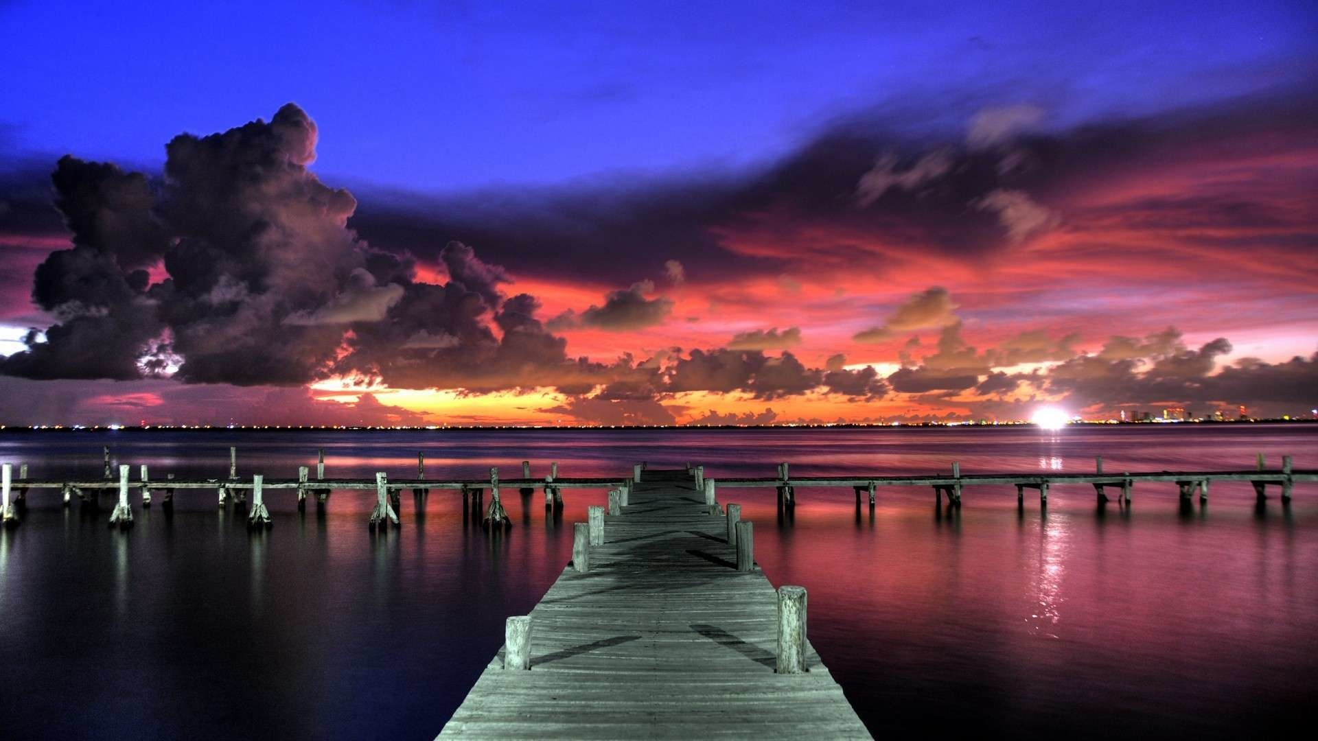 1920x1080 Impressive Clouds over the Dock HD Wallpaper. « »