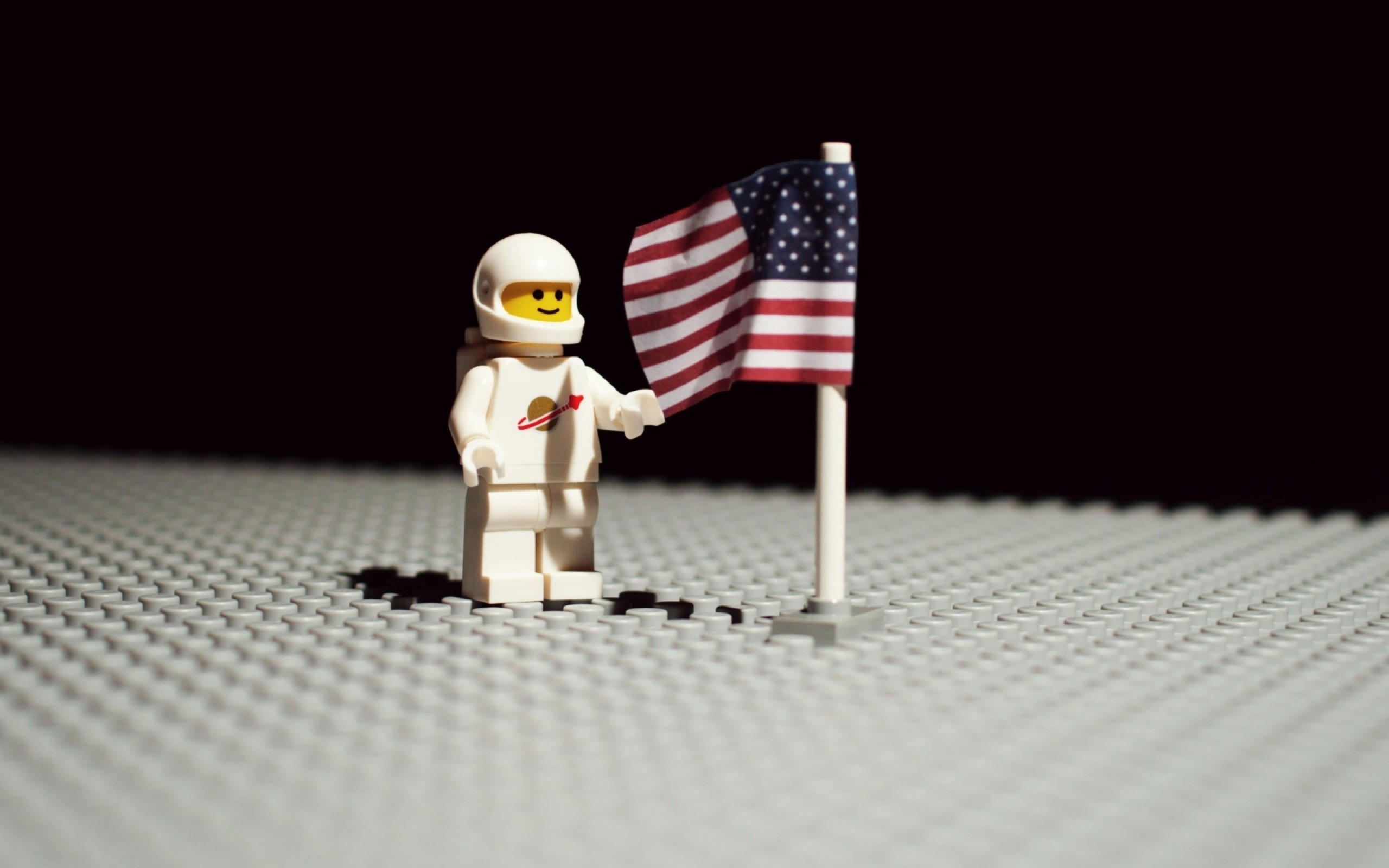 2560x1600 Products - Lego Flag America Astronaut Figurine Toy Wallpaper