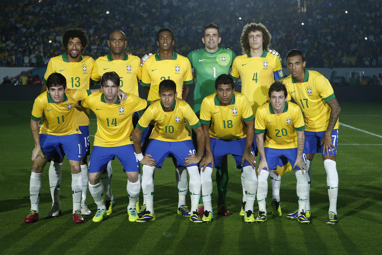 Best Wallpaper Macbook Soccer - 897238-brazil-soccer-wallpaper-3000x2000-macbook  Photograph_682886.jpg