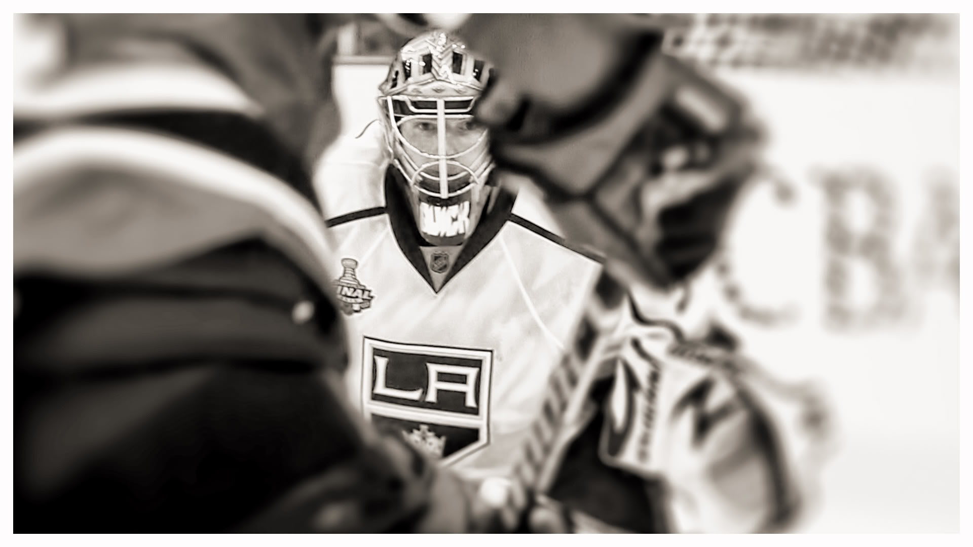 1920x1080 8. la-kings-wallpaper8-600x338