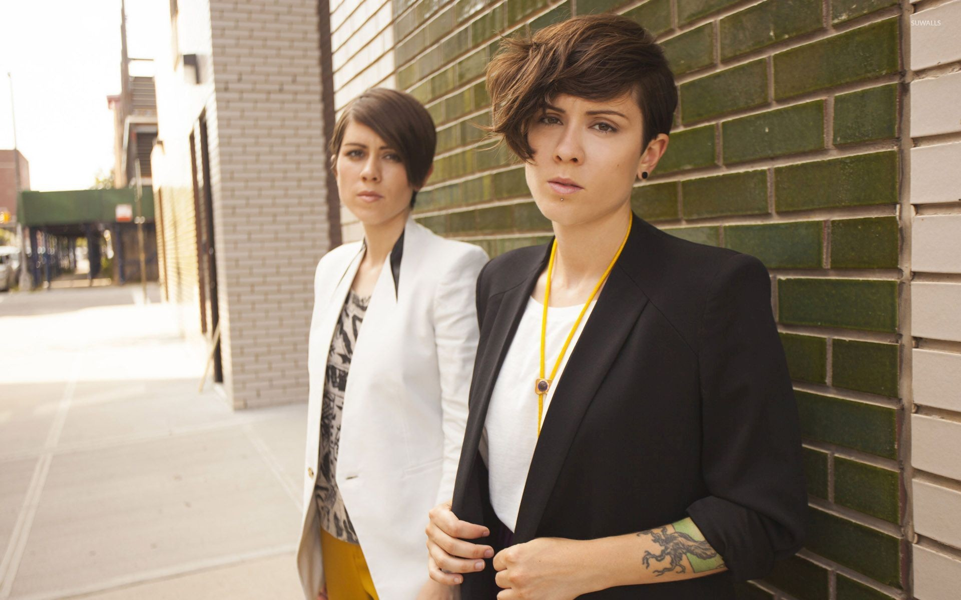 1920x1200 Tegan and Sara [9] wallpaper