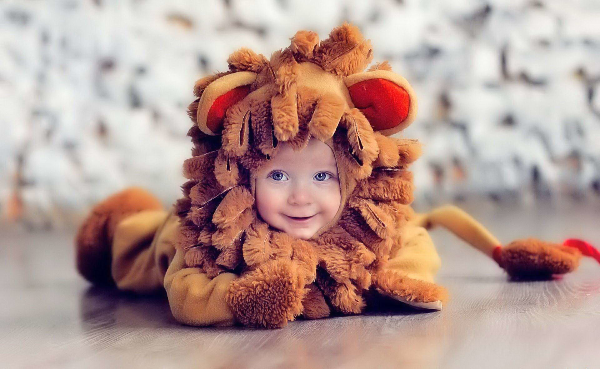 1920x1181 Funny Baby Costumes 11 Cool Hd Wallpaper