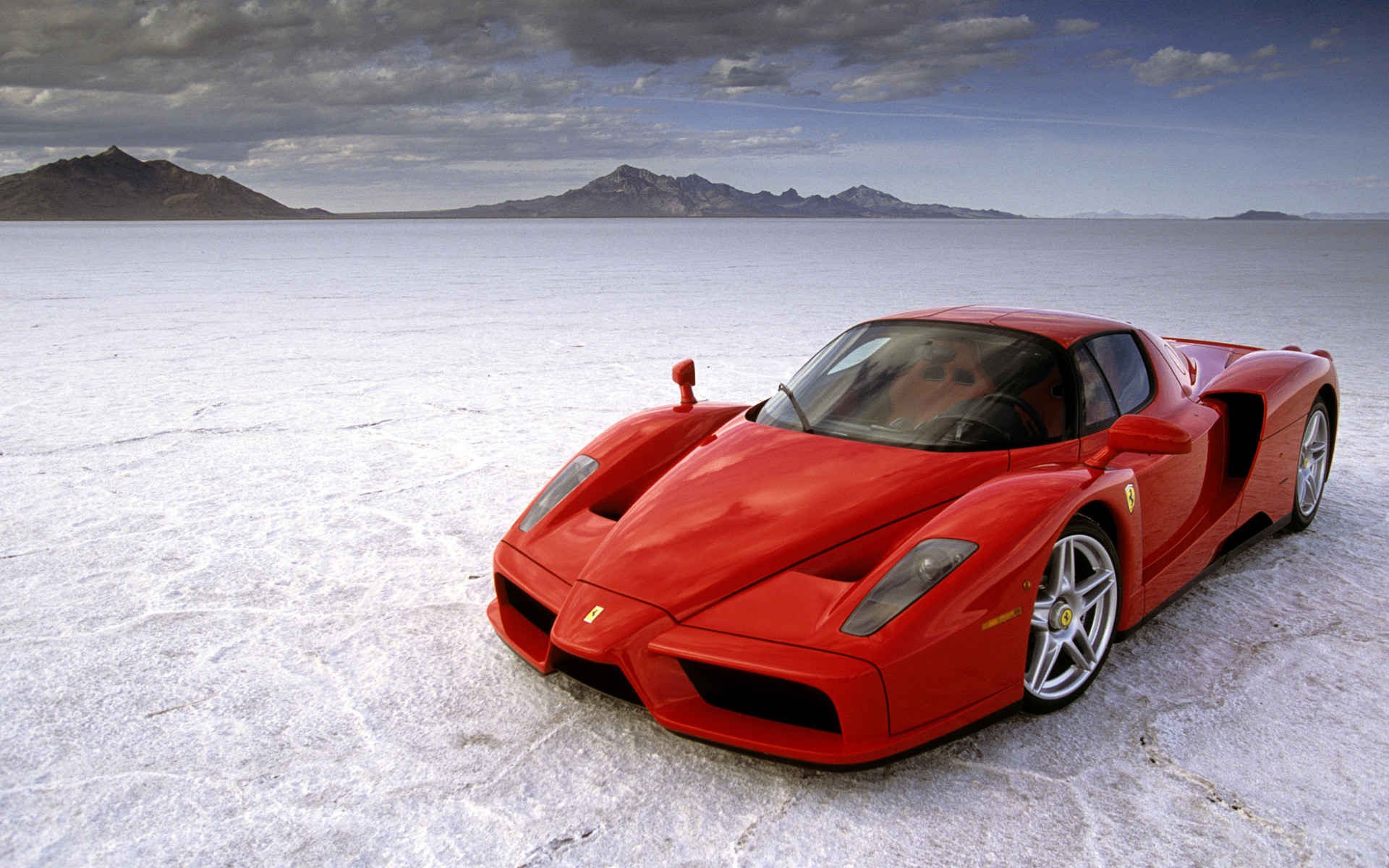 1920x1200 2004 Ferrari Enzo Wallpaper HD