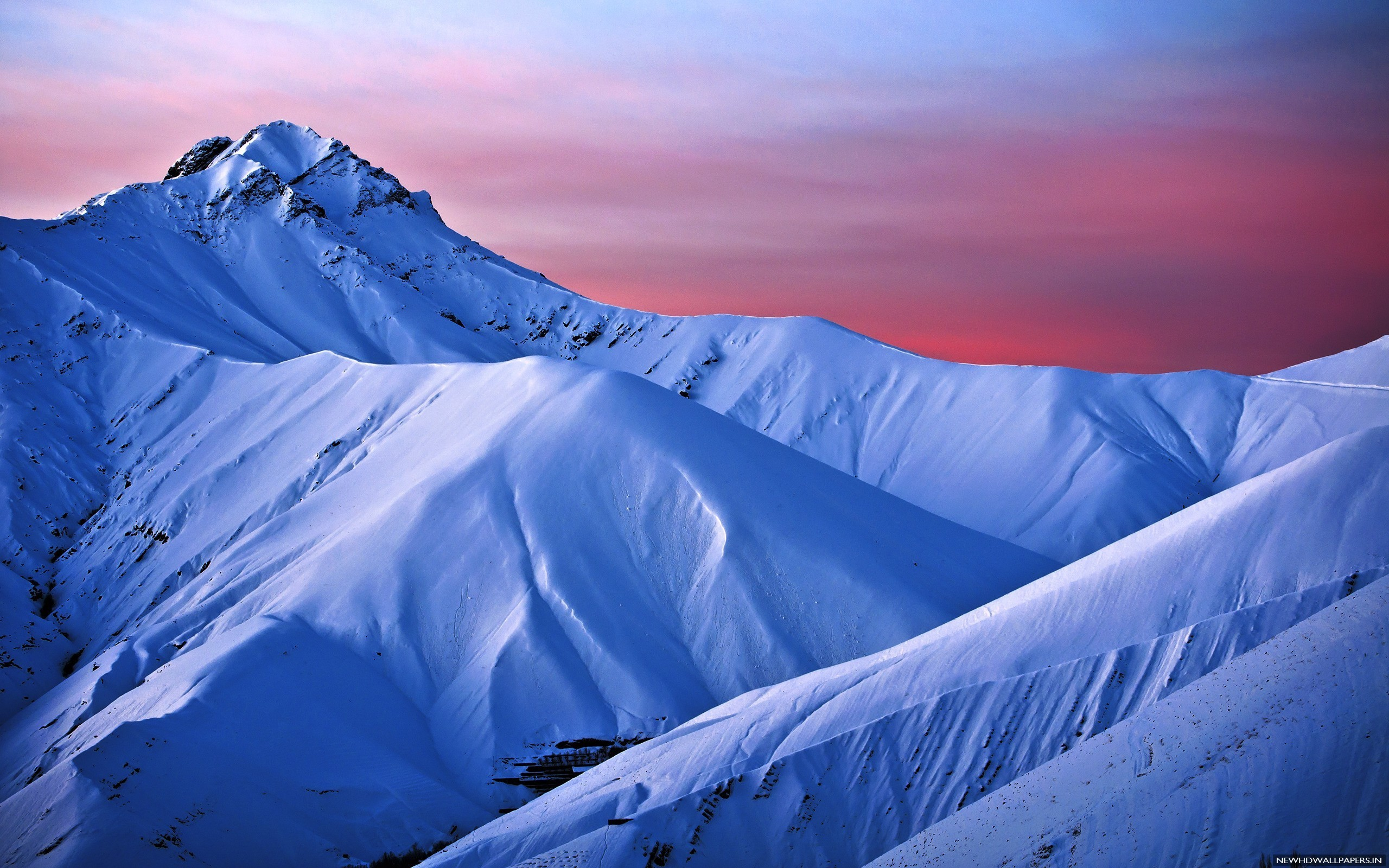 2560x1600 Beautiful Snow Mountains Desktop Background