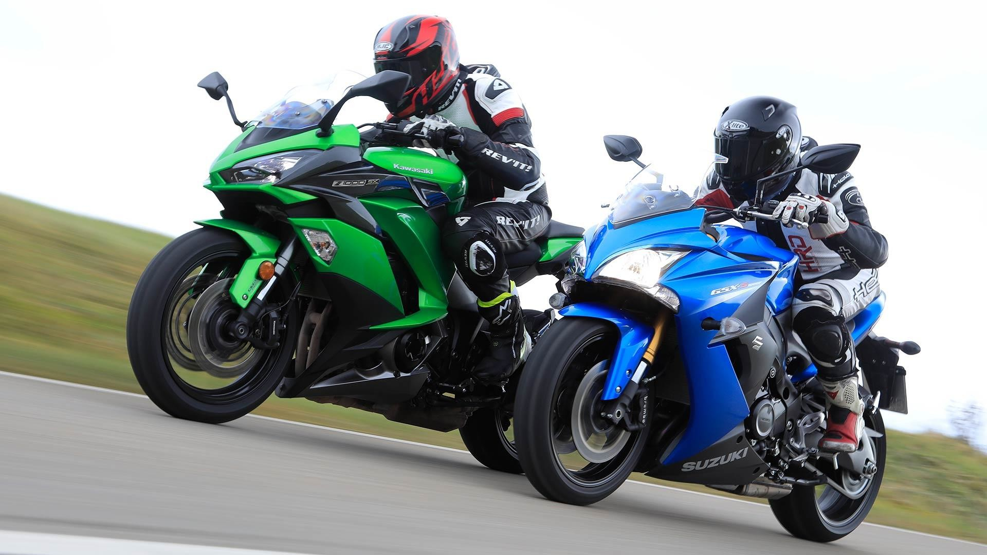 2048x1365 Kawasaki Z1000 Red
