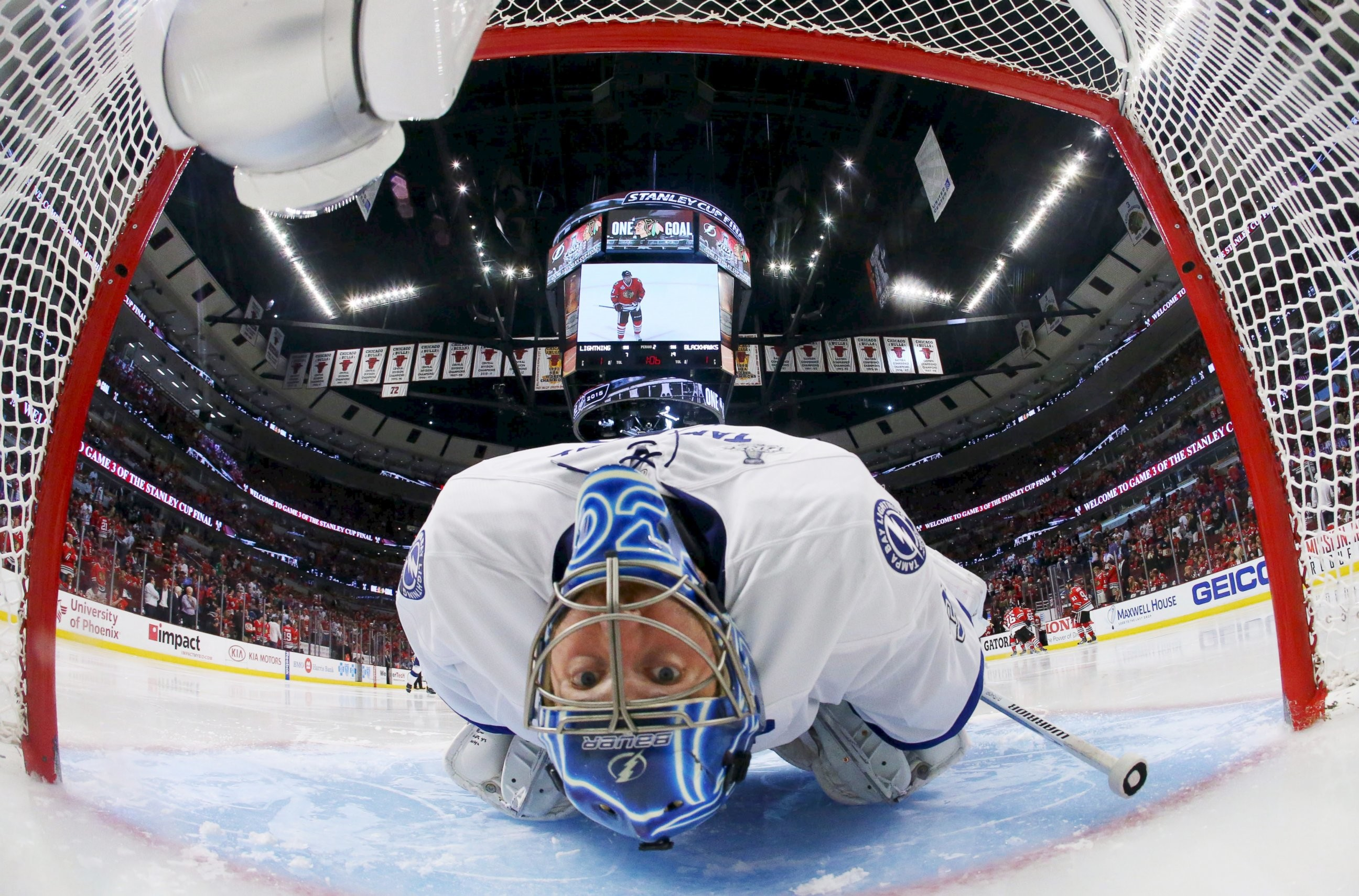 2592x1709 Tampa Bay Lightning goalie Ben Bishop stretches before the second period in  game three of the 2015 Stanley Cup Final against the Chicago Blackhawks at  ...