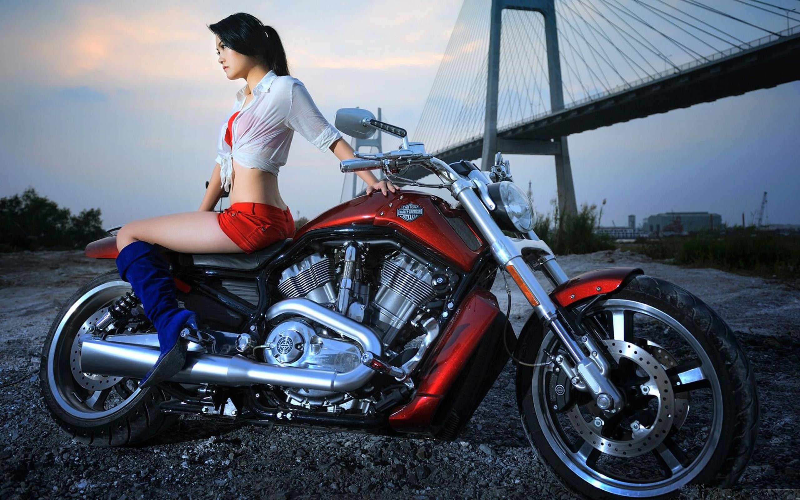sexy-harley-davidson-photoshoot-sexy-naked-chicks-with-tan-line