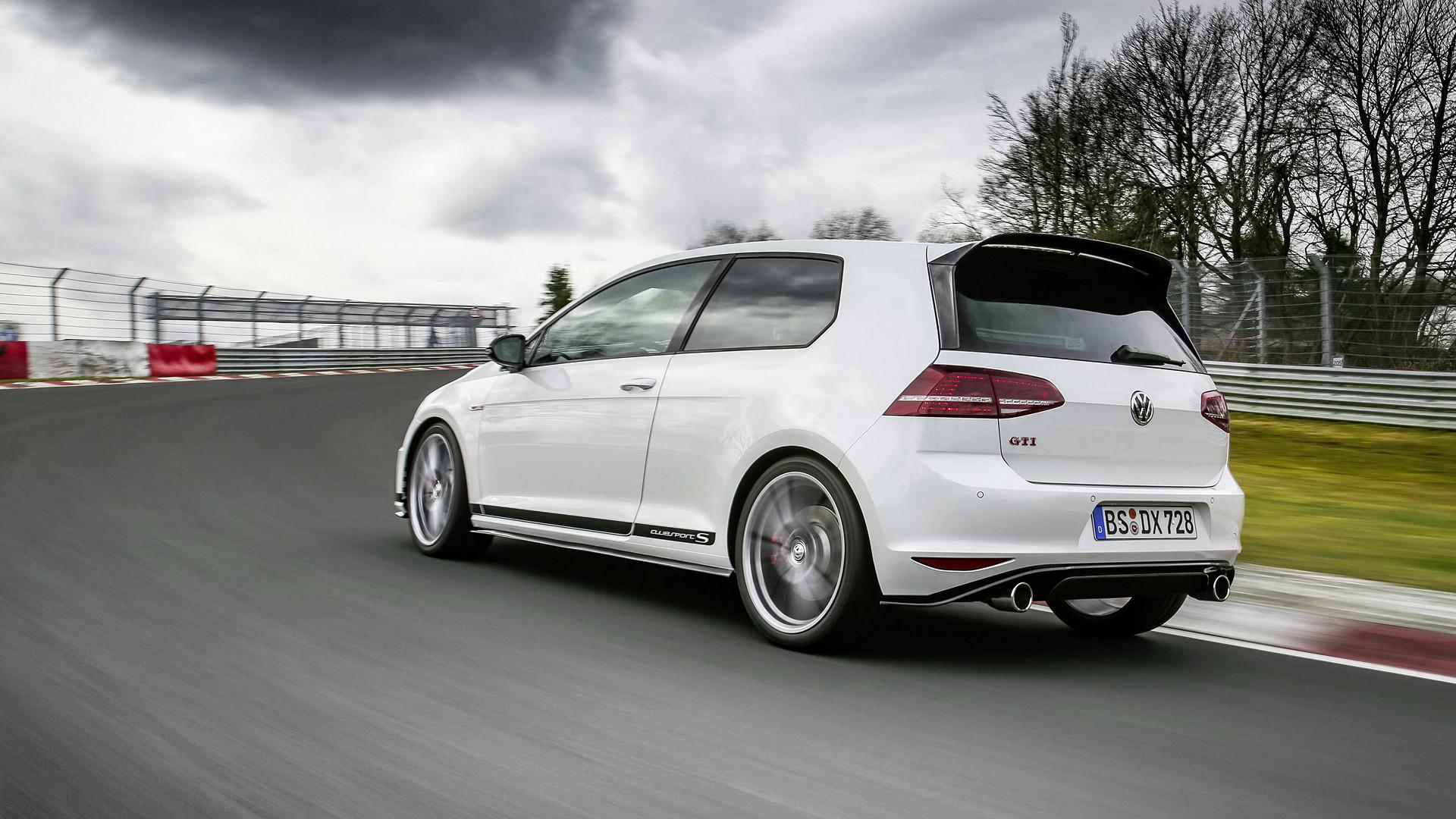 2000x1333 Volkswagen Golf Hd Wallpapers AA