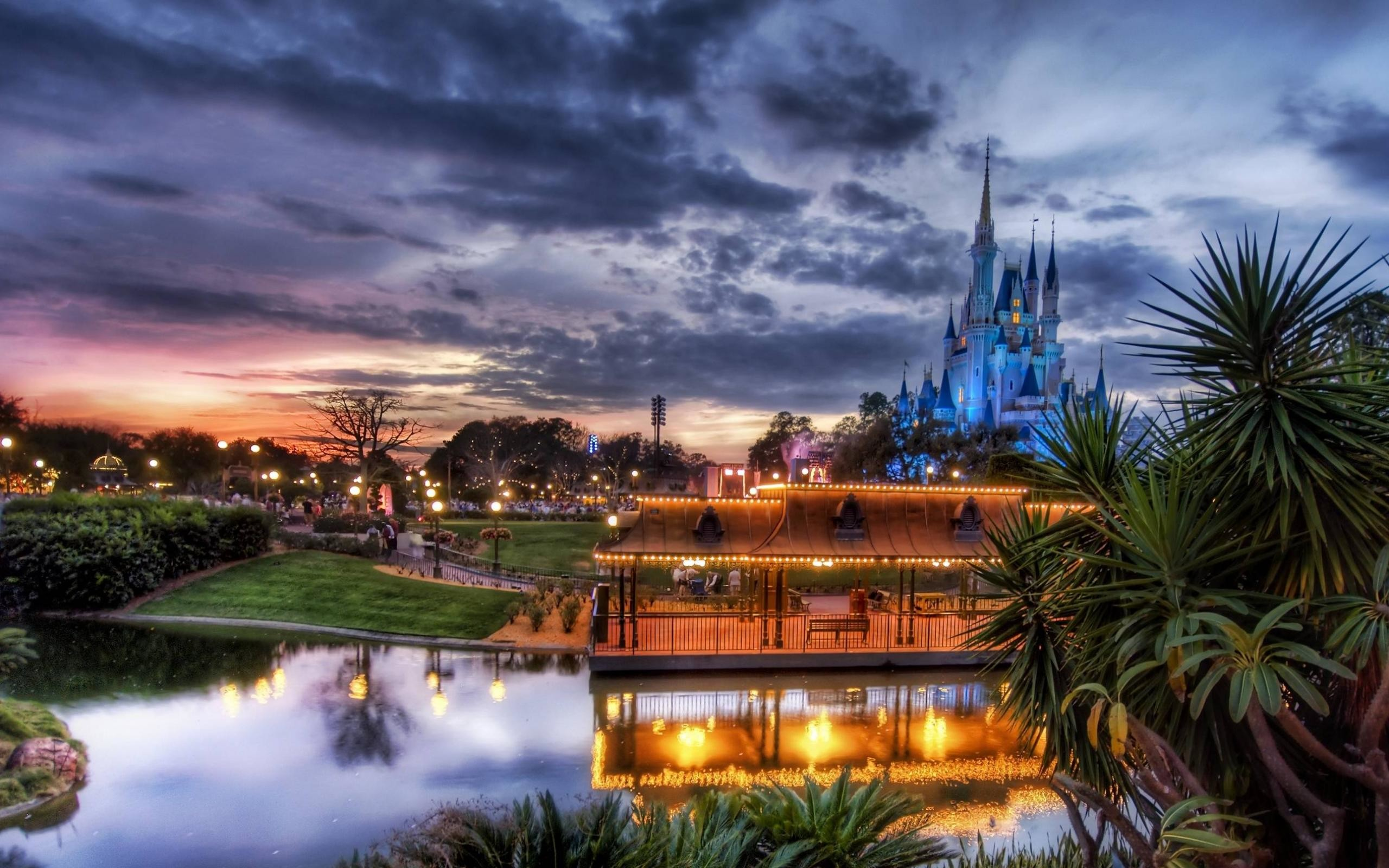 2560x1600 Tags:  Cinderella Castle Disney