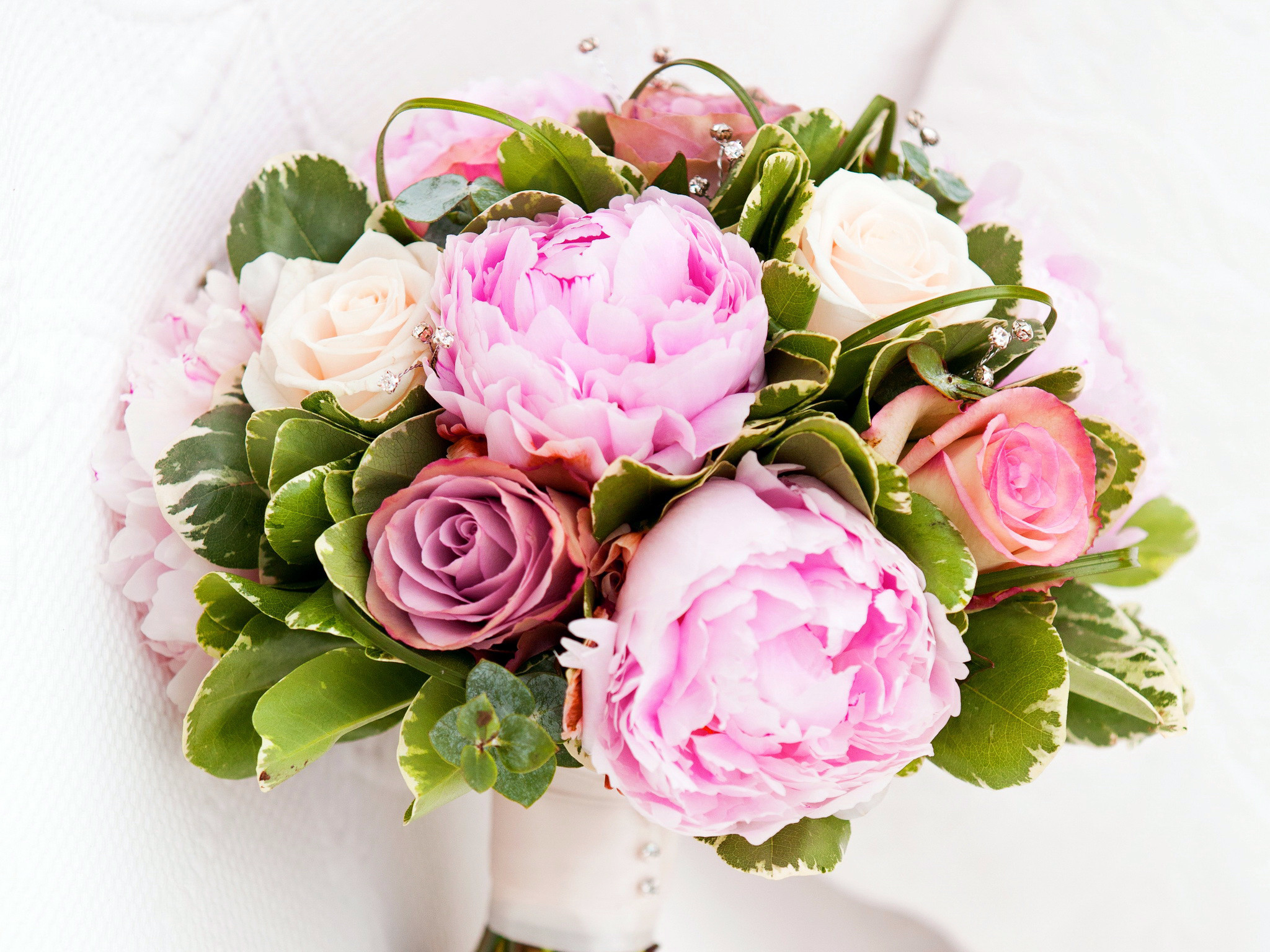 2048x1536 Bouquets Peonies Roses Flowers Wallpapers and photos