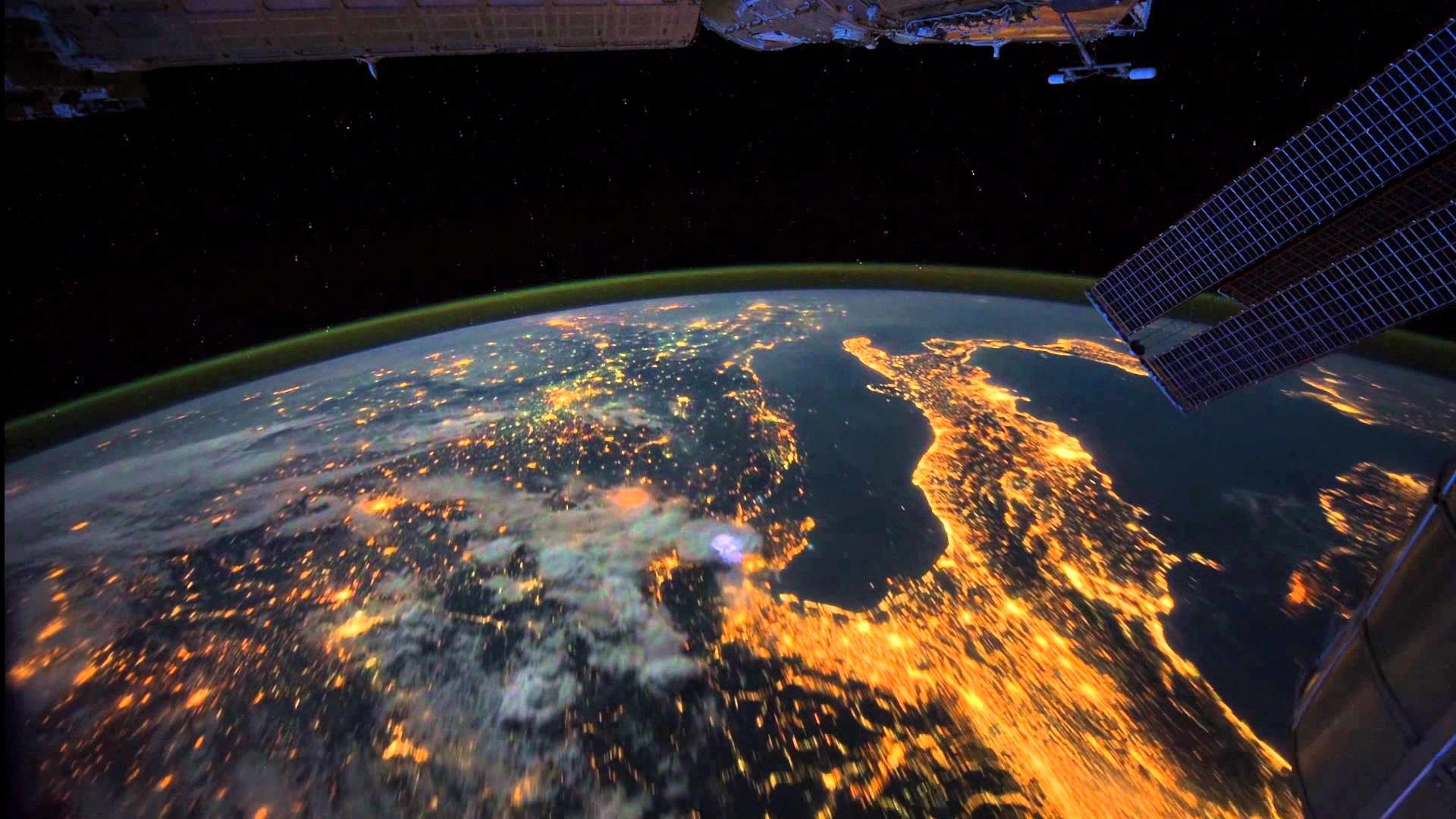 1920x1080 All Alone in the Night - Time-lapse footage of the Earth as seen from the  ISS - YouTube