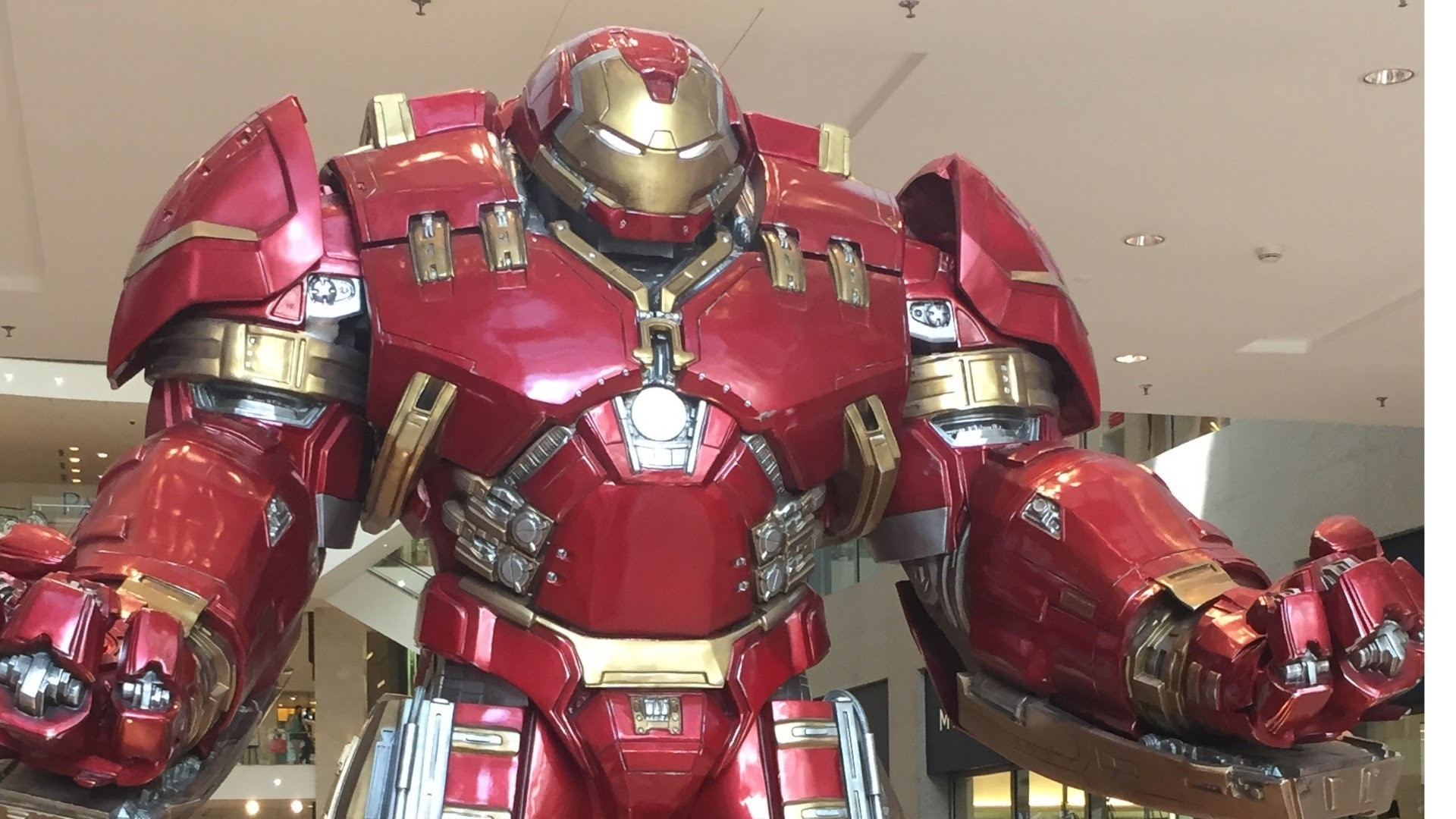 1920x1080 Iron Man From The Avengers Age of Ultron in Hulkbuster Armour