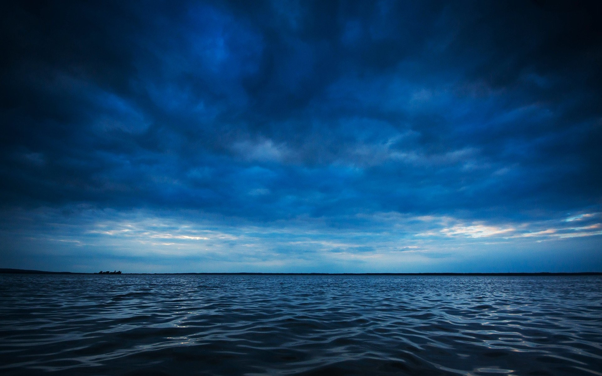 1920x1200 Water blue ocean clouds horizon waves lakes waterscapes sea wallpaper |   | 336965 | WallpaperUP