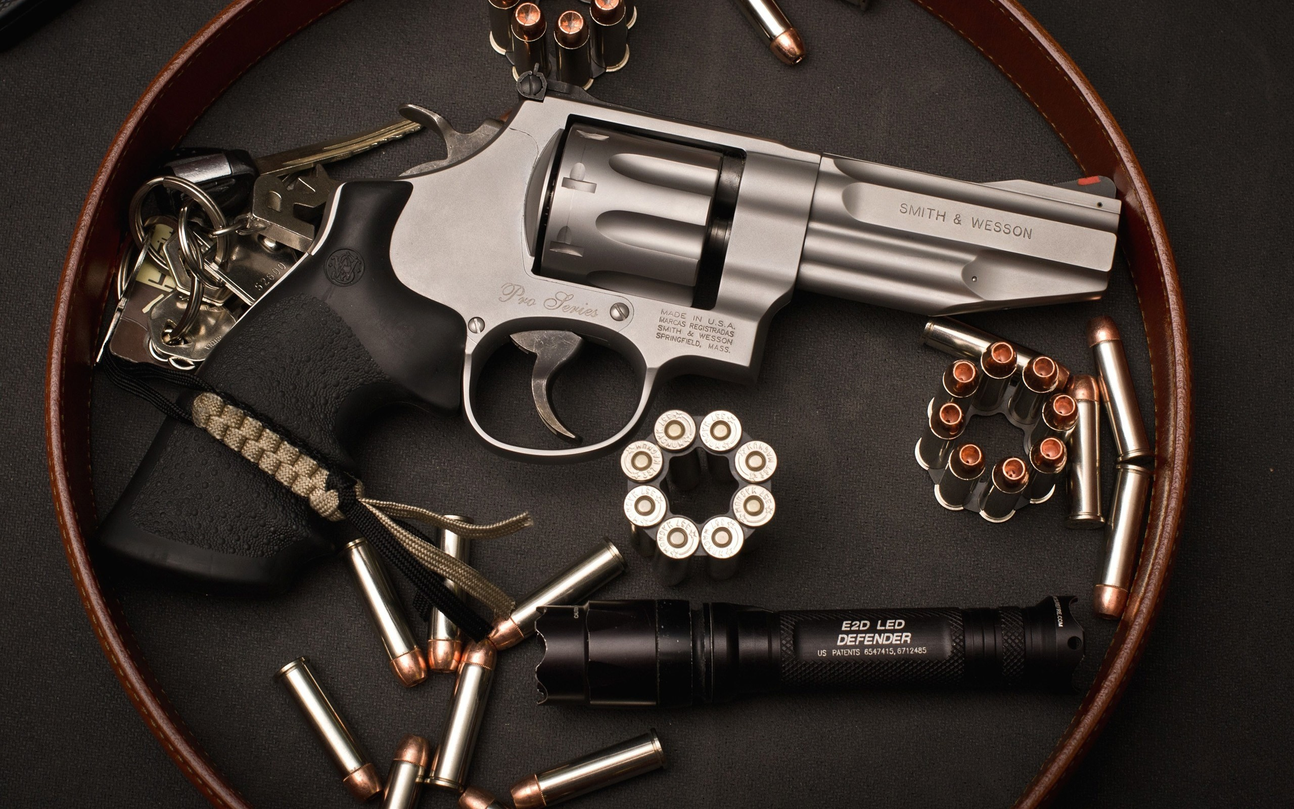 2560x1600 #1582352, Widescreen Wallpapers: smith and wesson revolver pic