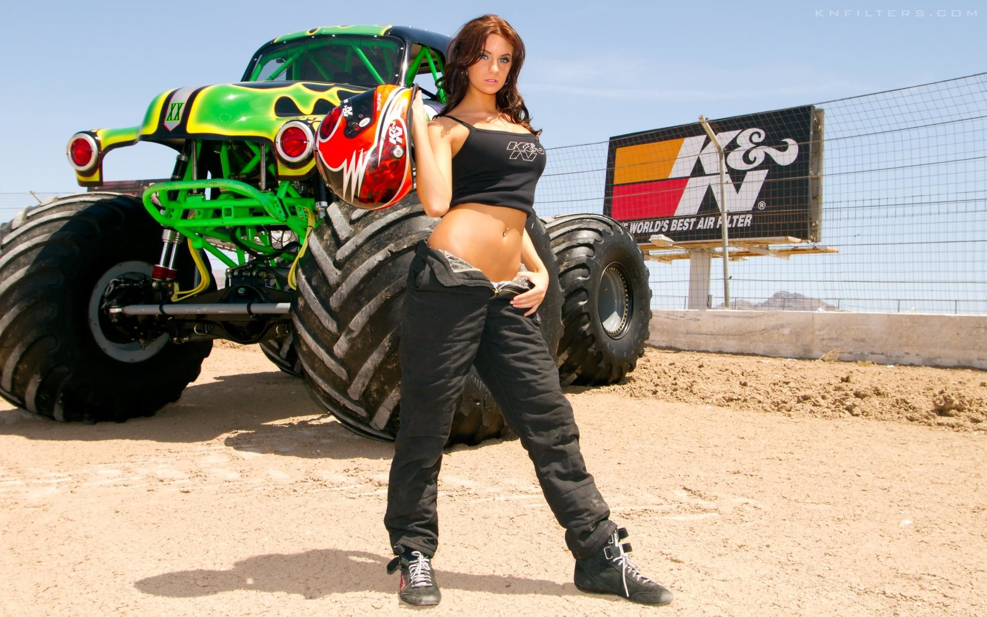 Girls and Trucks Wallpapers (58+ images)