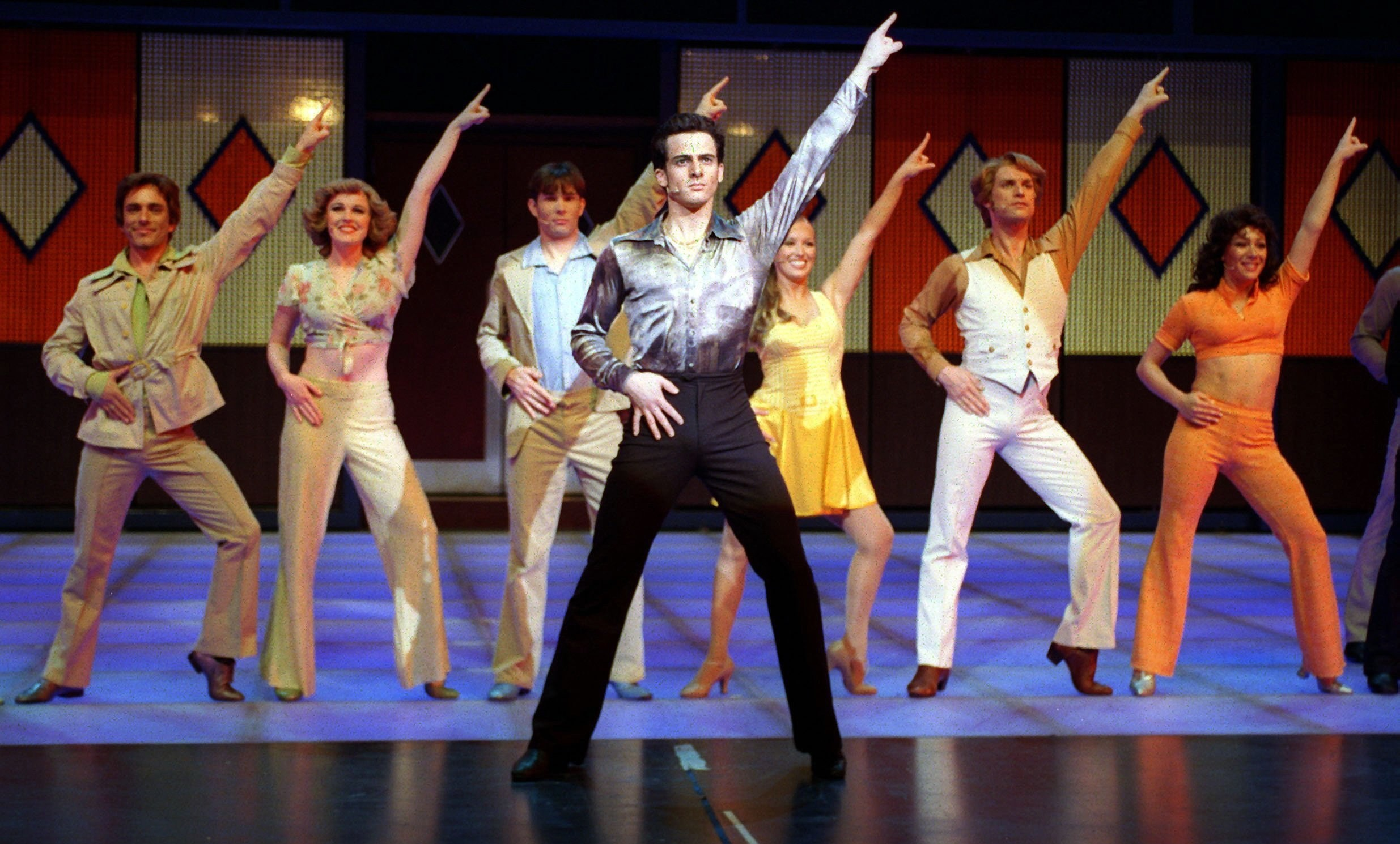 2470x1490 saturday night fever the musical pic - Full HD Wallpapers, Photos by Hazel  Backer (