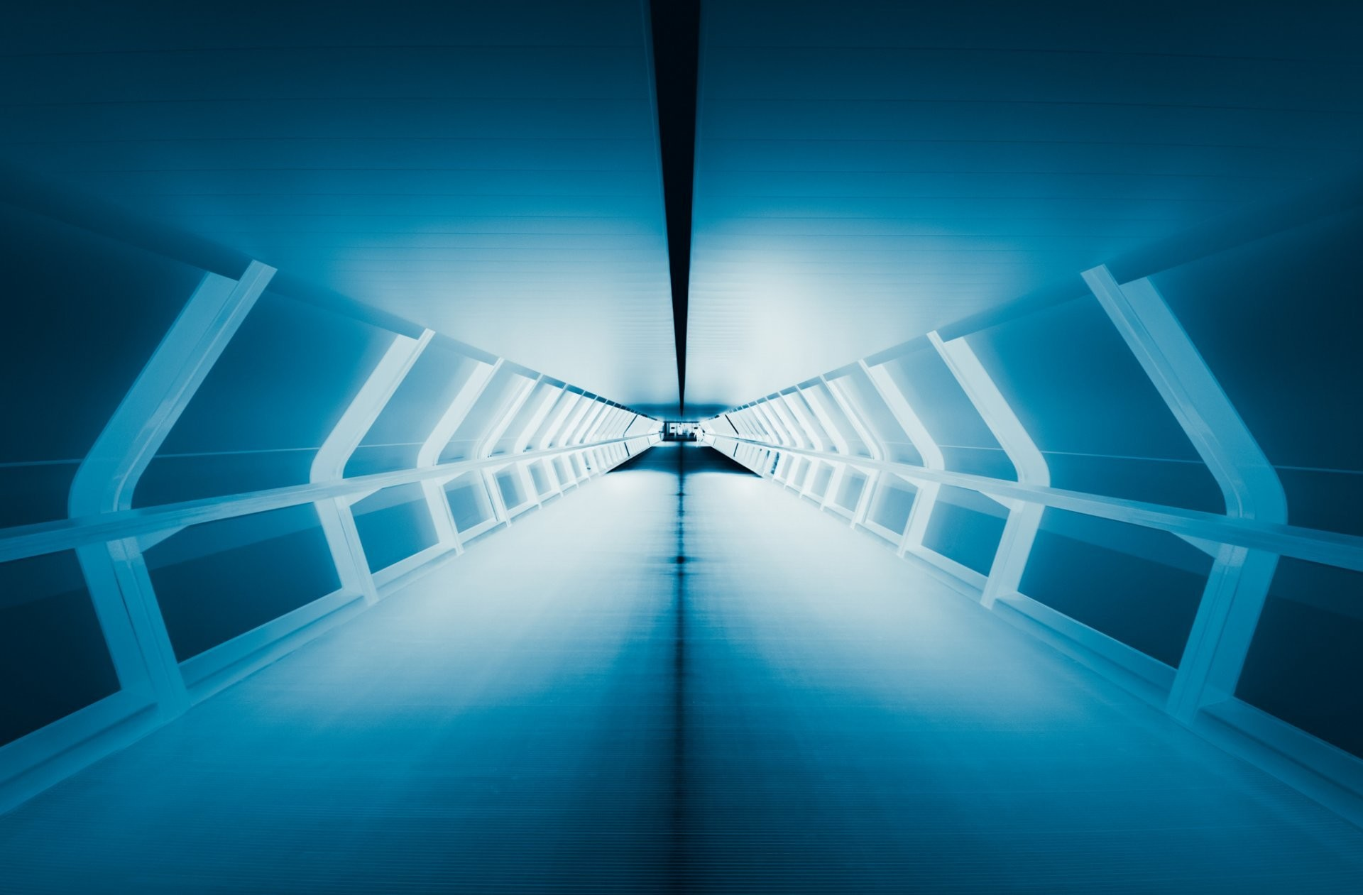 1920x1261 light tunnel blue perspective