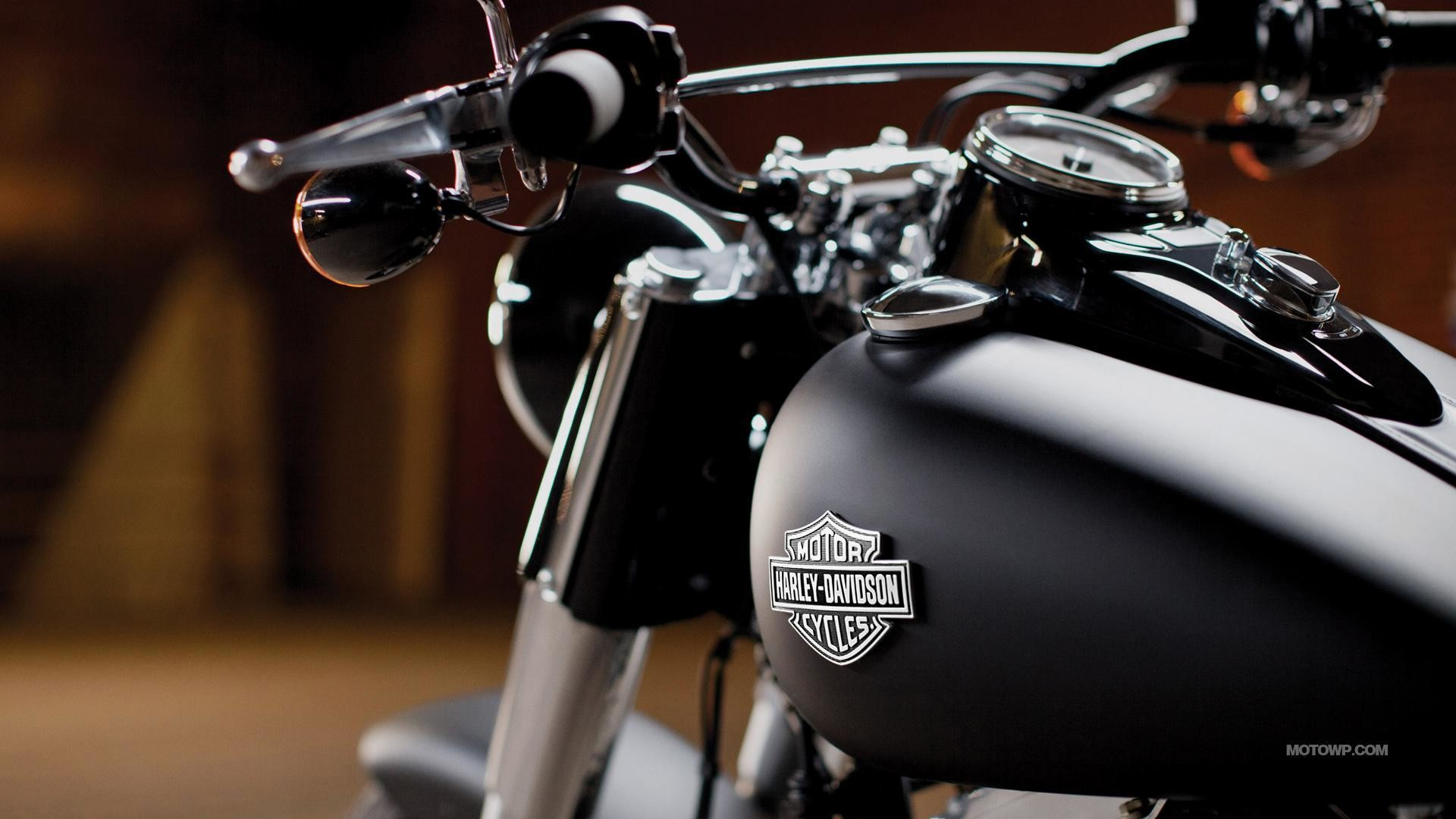 1920x1080 2. harley-davidson-wallpapers-HD2-600x338