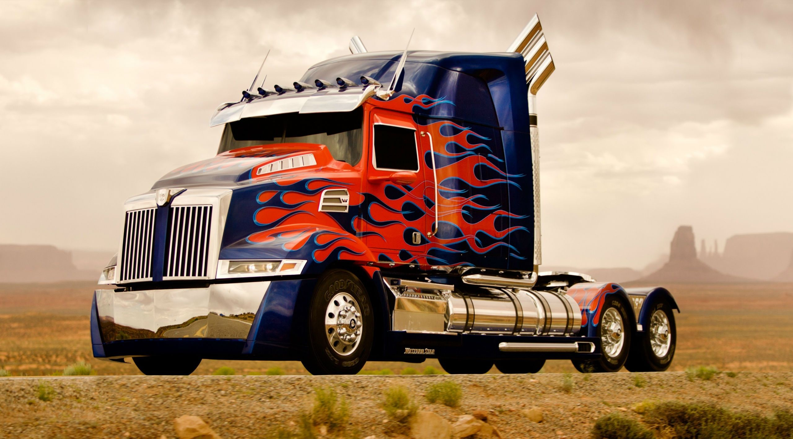 2560x1419 wallpaper.wiki-Semi-Truck-Wallpapers-HD-PIC-WPE001159